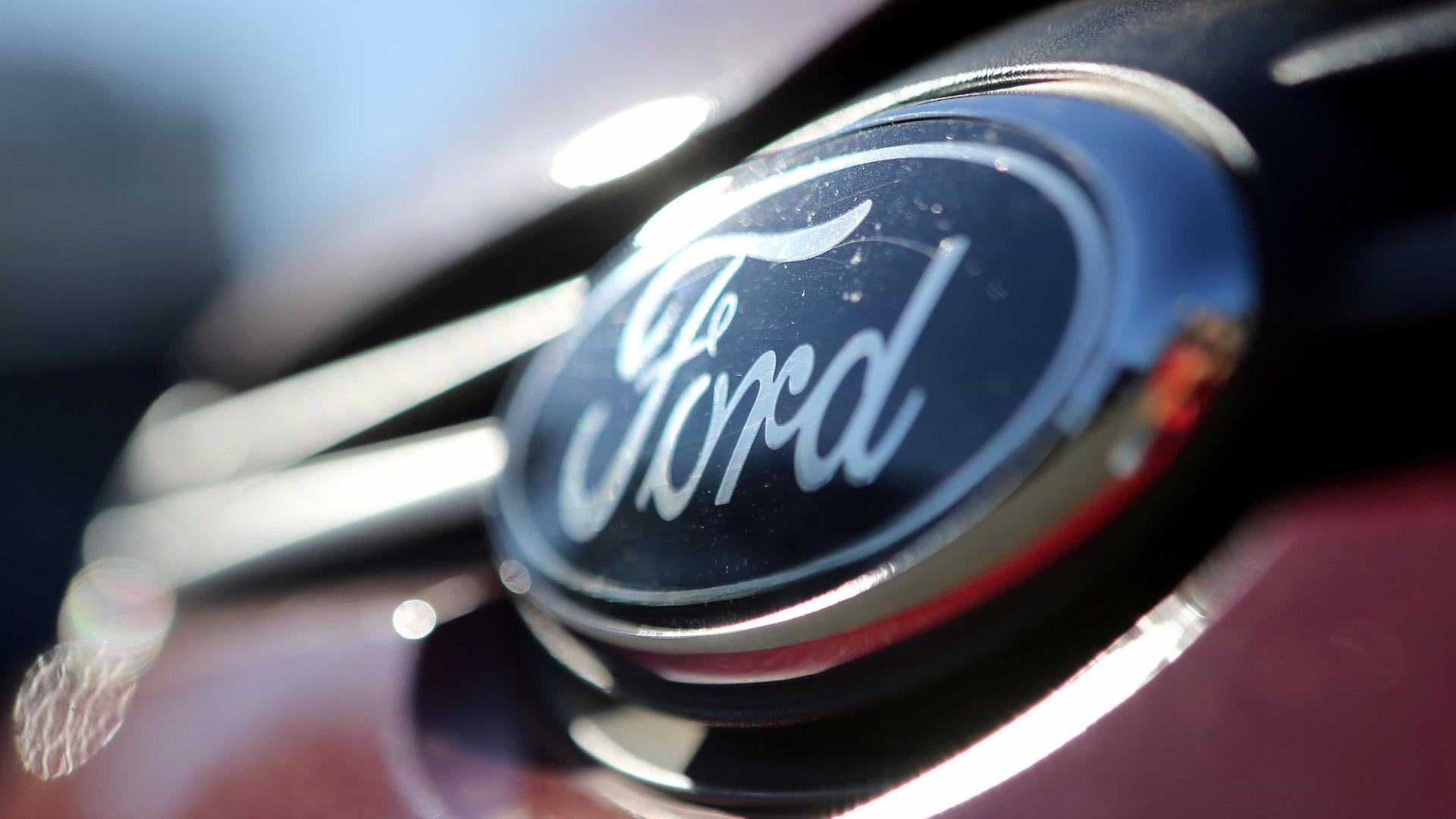 Ford recolhe mais de 400 mil veículos devido a questões de segurança