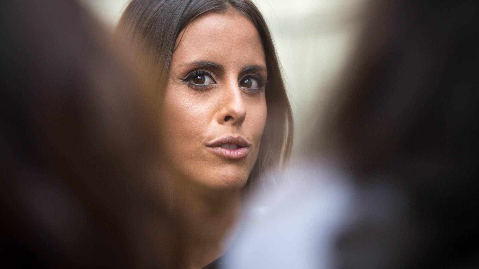 """""""A educação faz-se muito através do exemplo"""", diz Carolina Patrocínio"""