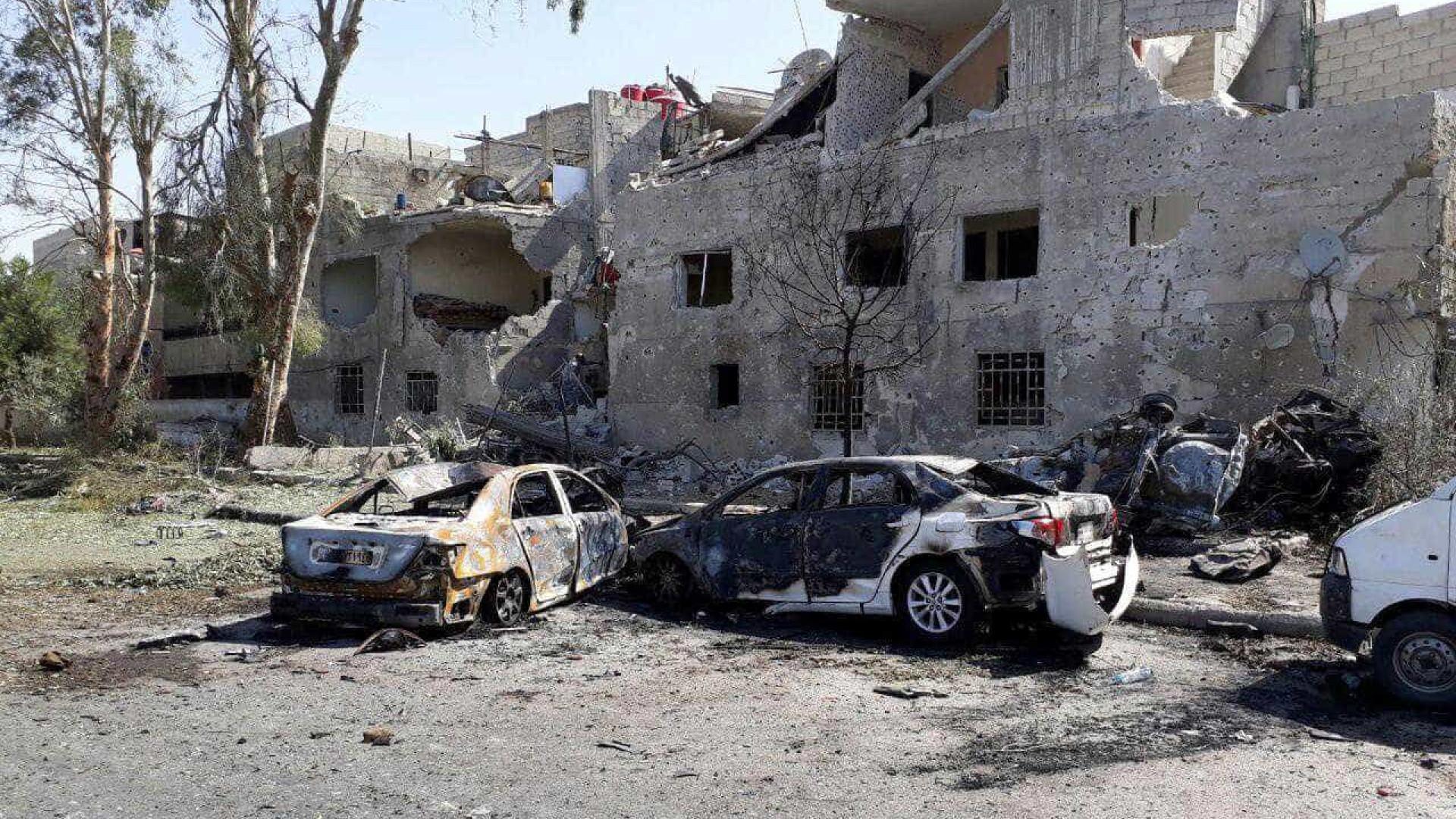 Pelo menos 18 mortos e 12 feridos em atentados suicidas em Damasco