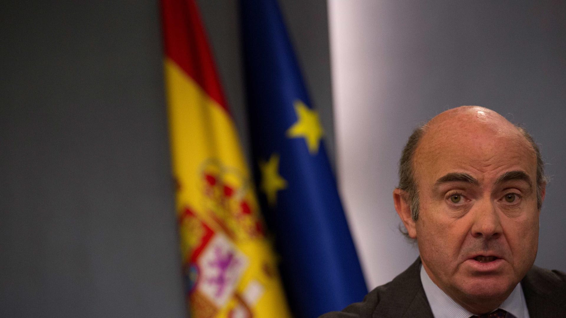 Malta diz que Luis de Guindos pode substituir Vítor Constâncio no BCE