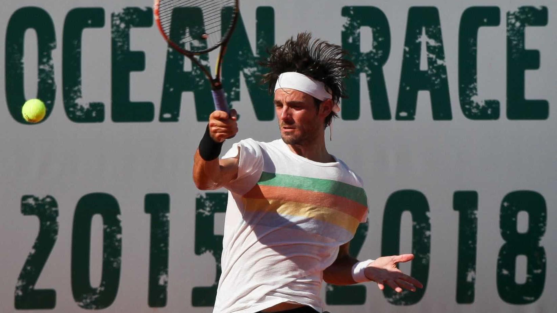 """""""É difícil um tenista português crescer. Faltam parceiros e competição"""""""