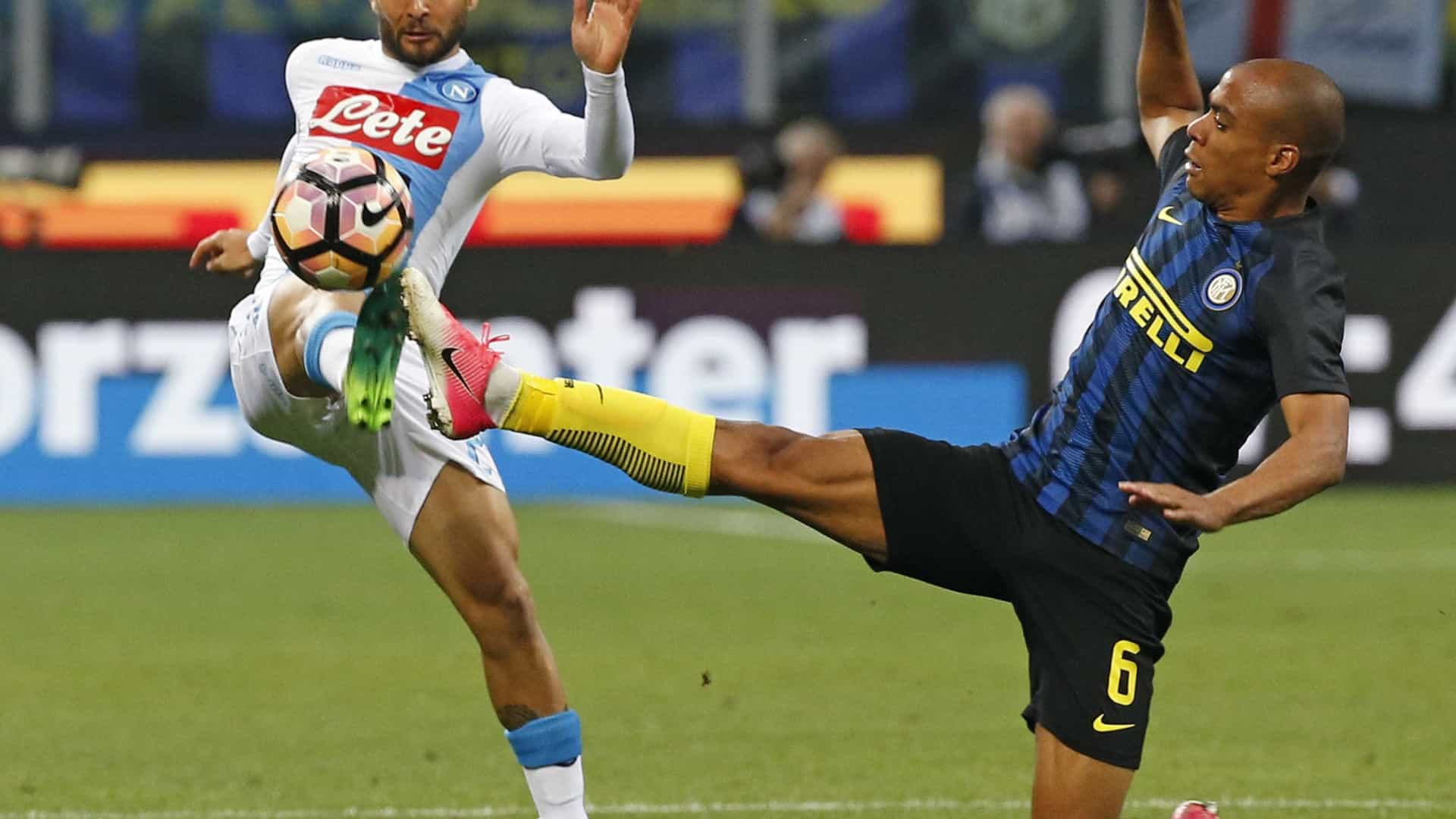 Fiorentina oficializa transferência de Borja Valero para a Inter de Milão