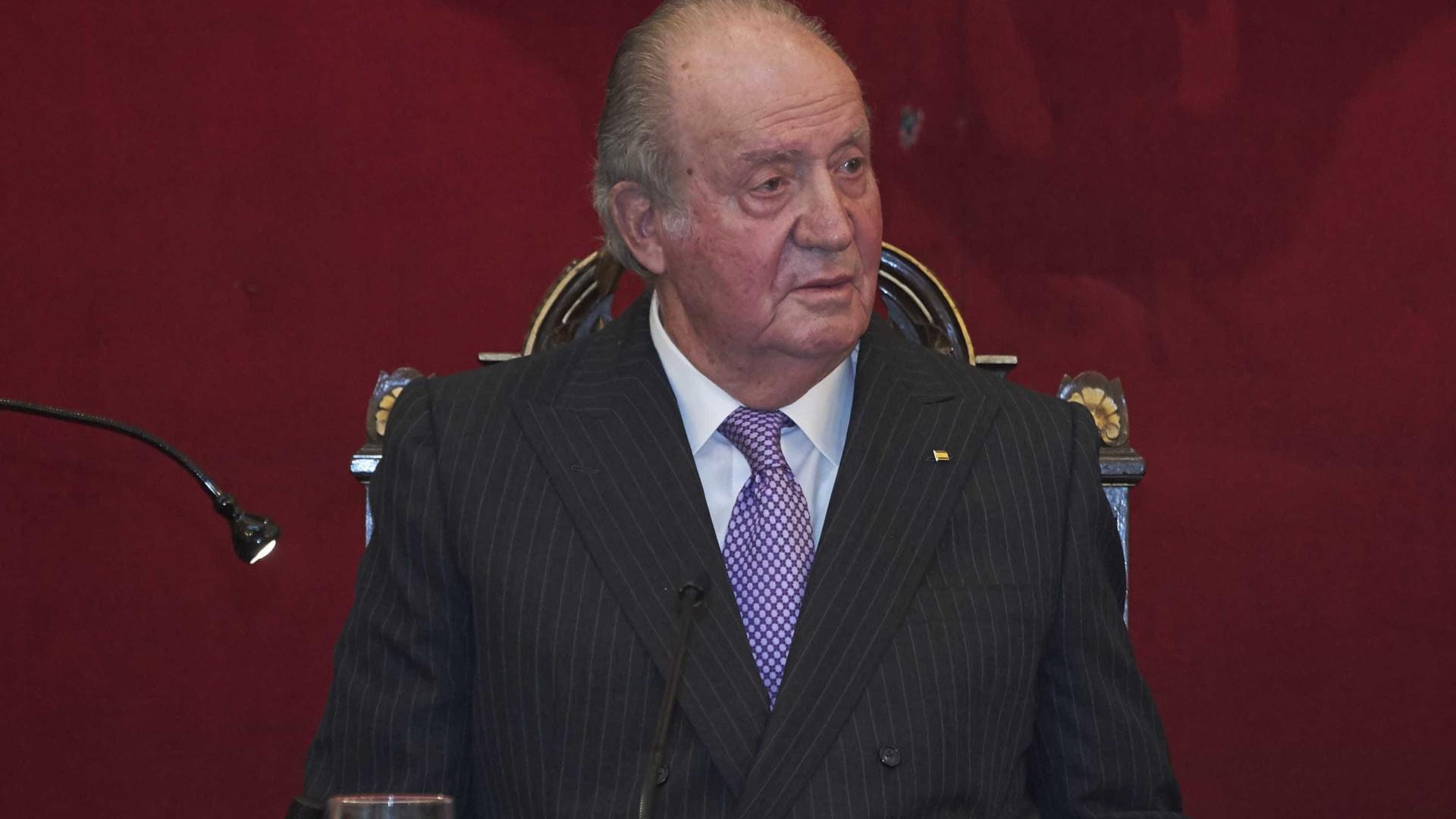 Livro. Juan Carlos terá tido 5 mil amantes ao longo da vida