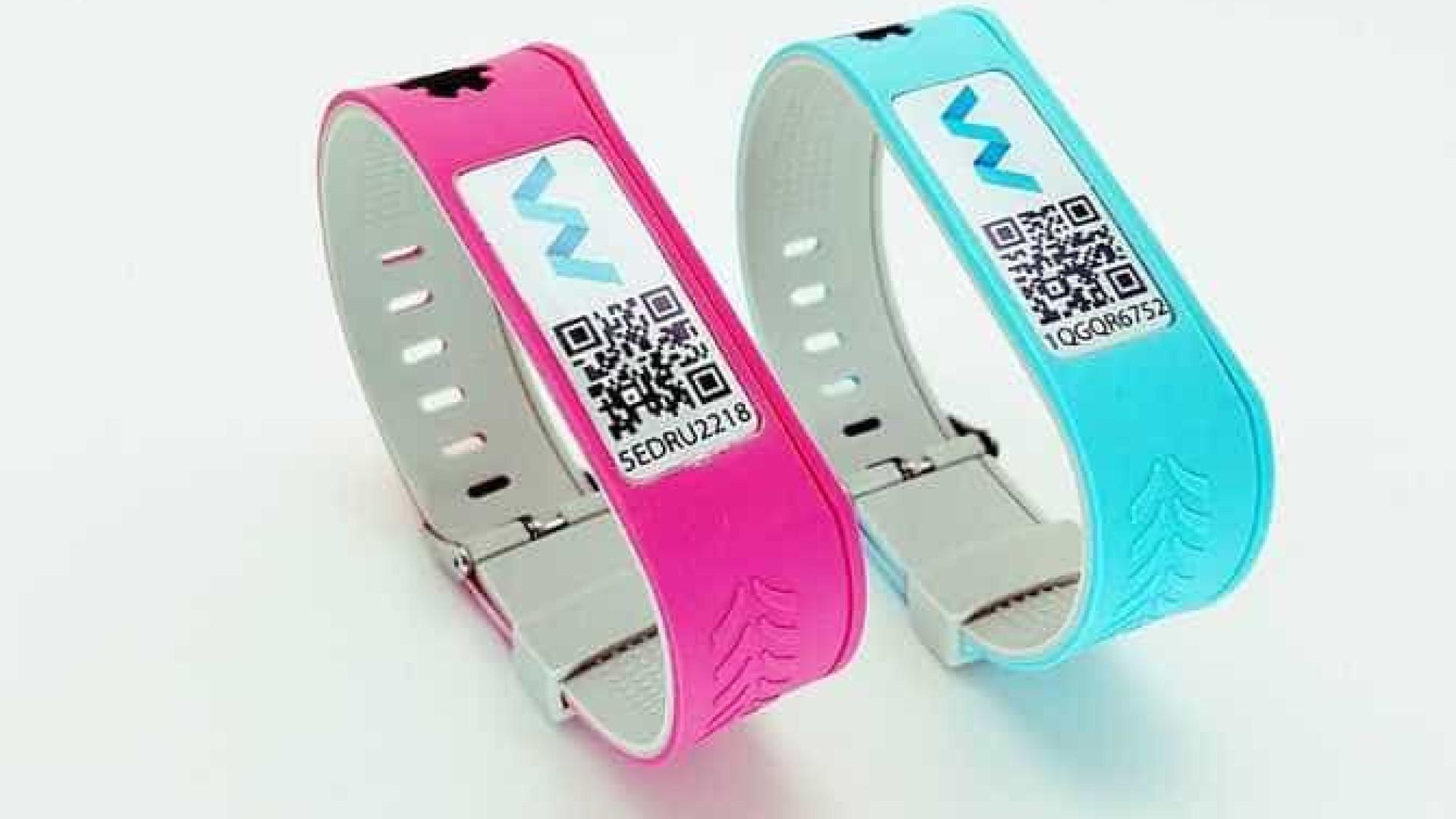 Esta bracelete não é para enfeite e pode salvar-lhe a vida