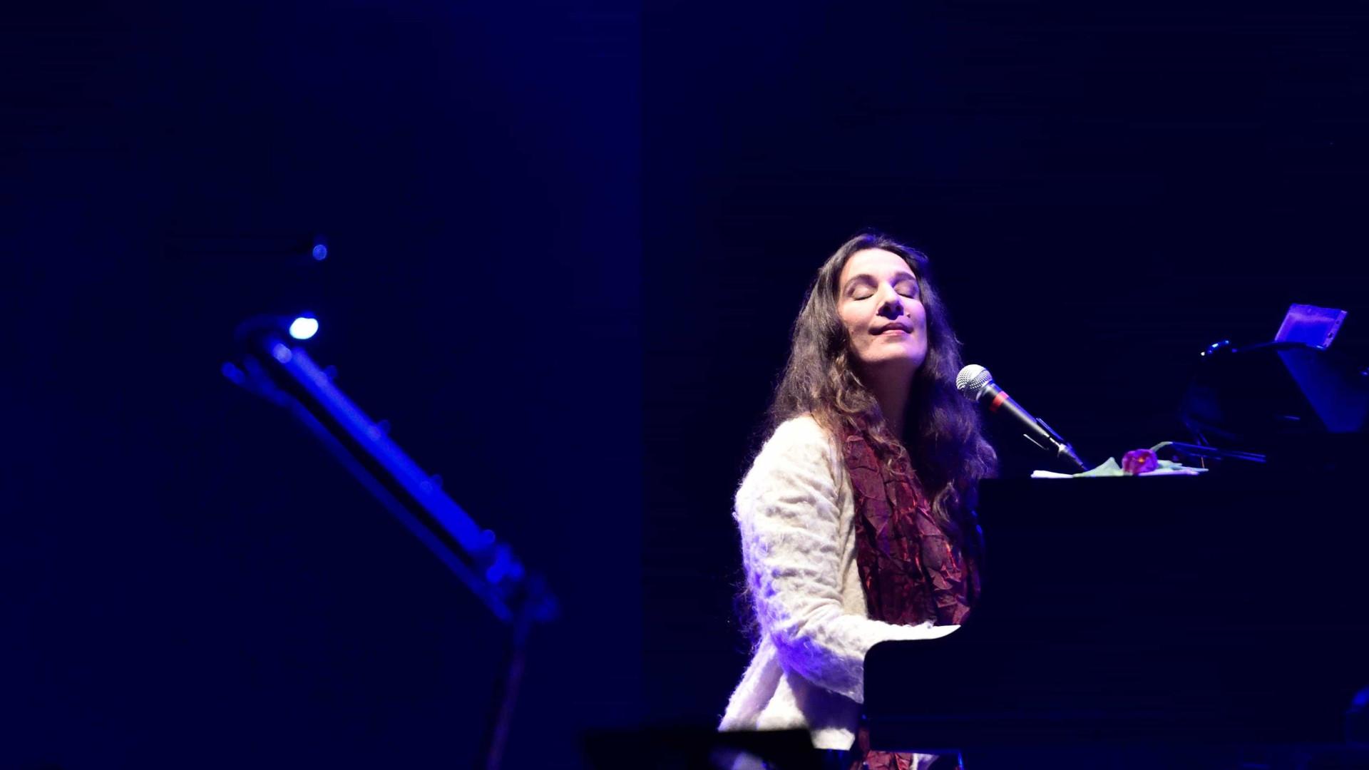 Dulce Pontes dá concerto na Guiné-Bissau a 09 de junho