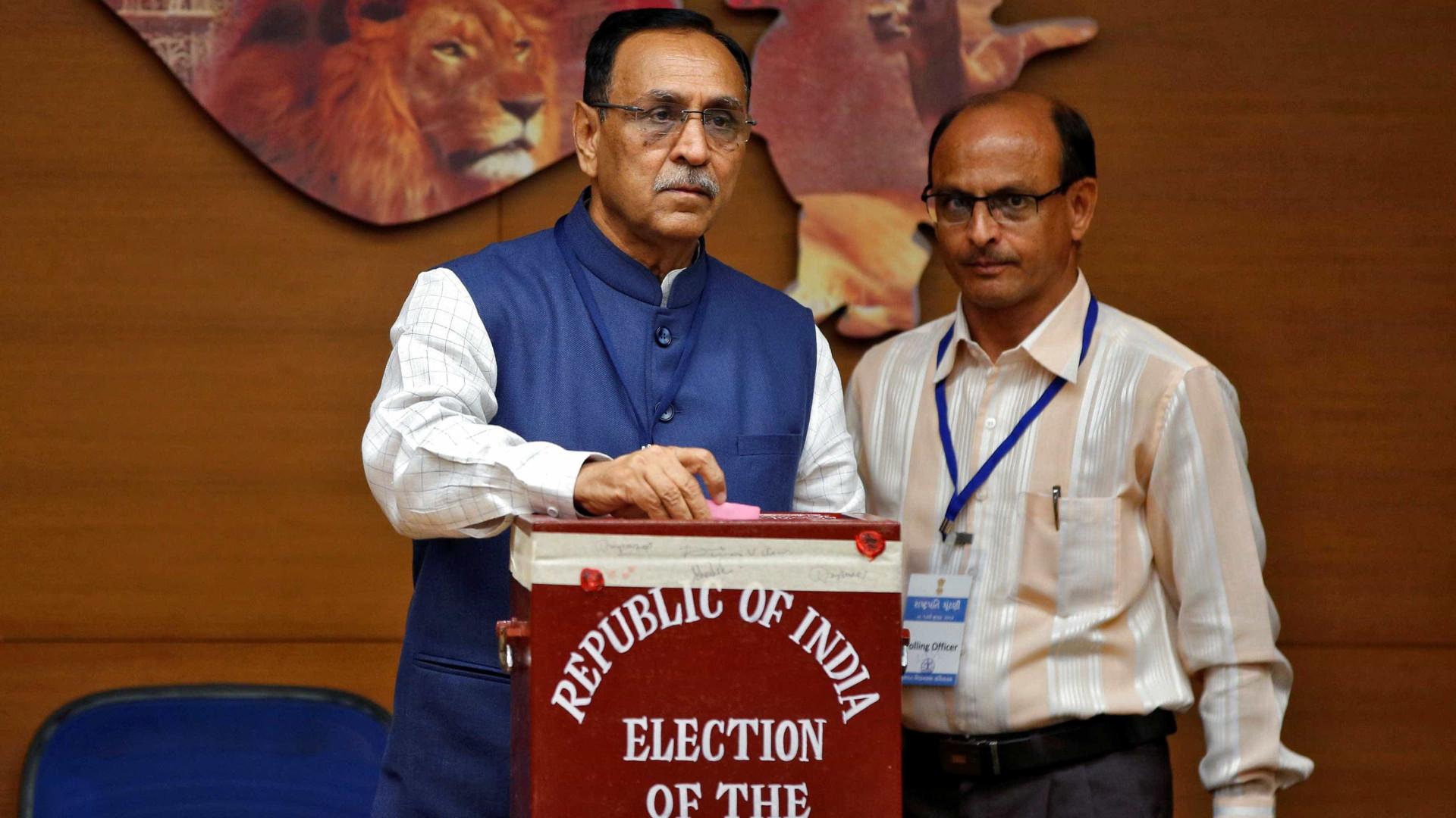 """Deputados indianos votam para eleger """"intocável"""" para a sua presidência"""
