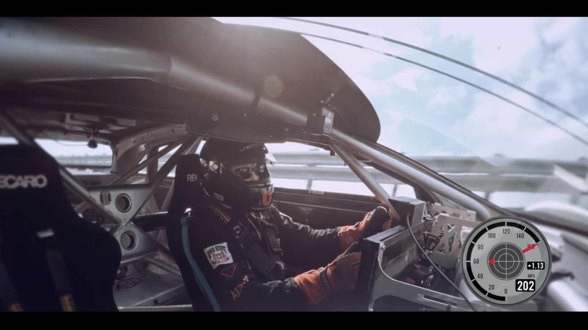 Novo rival da Tesla atinge mais de 370km/h de velocidade em novo vídeo
