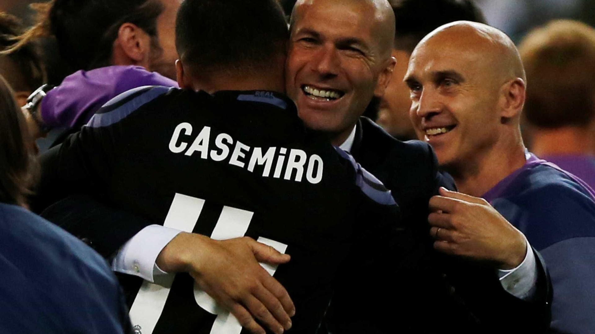 """Casemiro revela que tinha """"vergonha"""" de Zidane"""