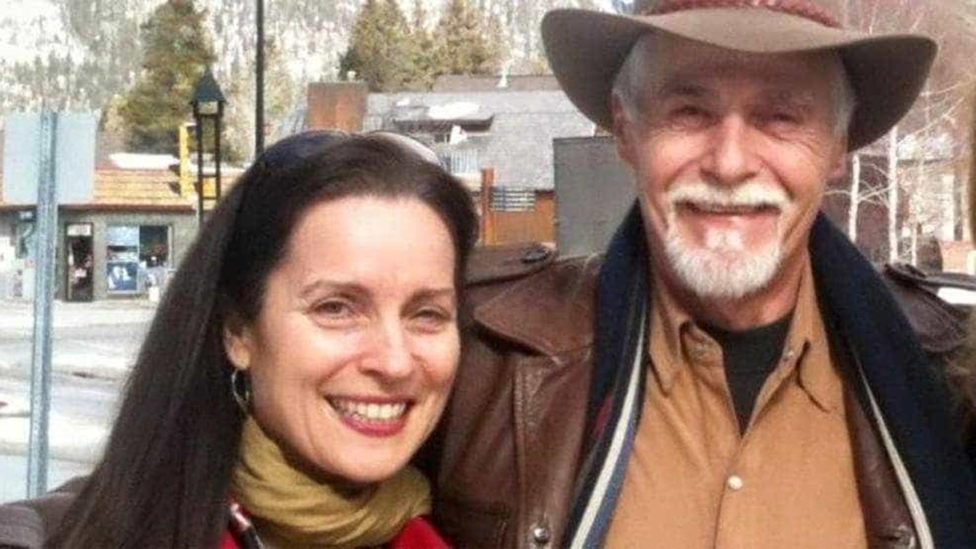 Mulher perdoa assassino do pai e faz nascer amizade extraordinária