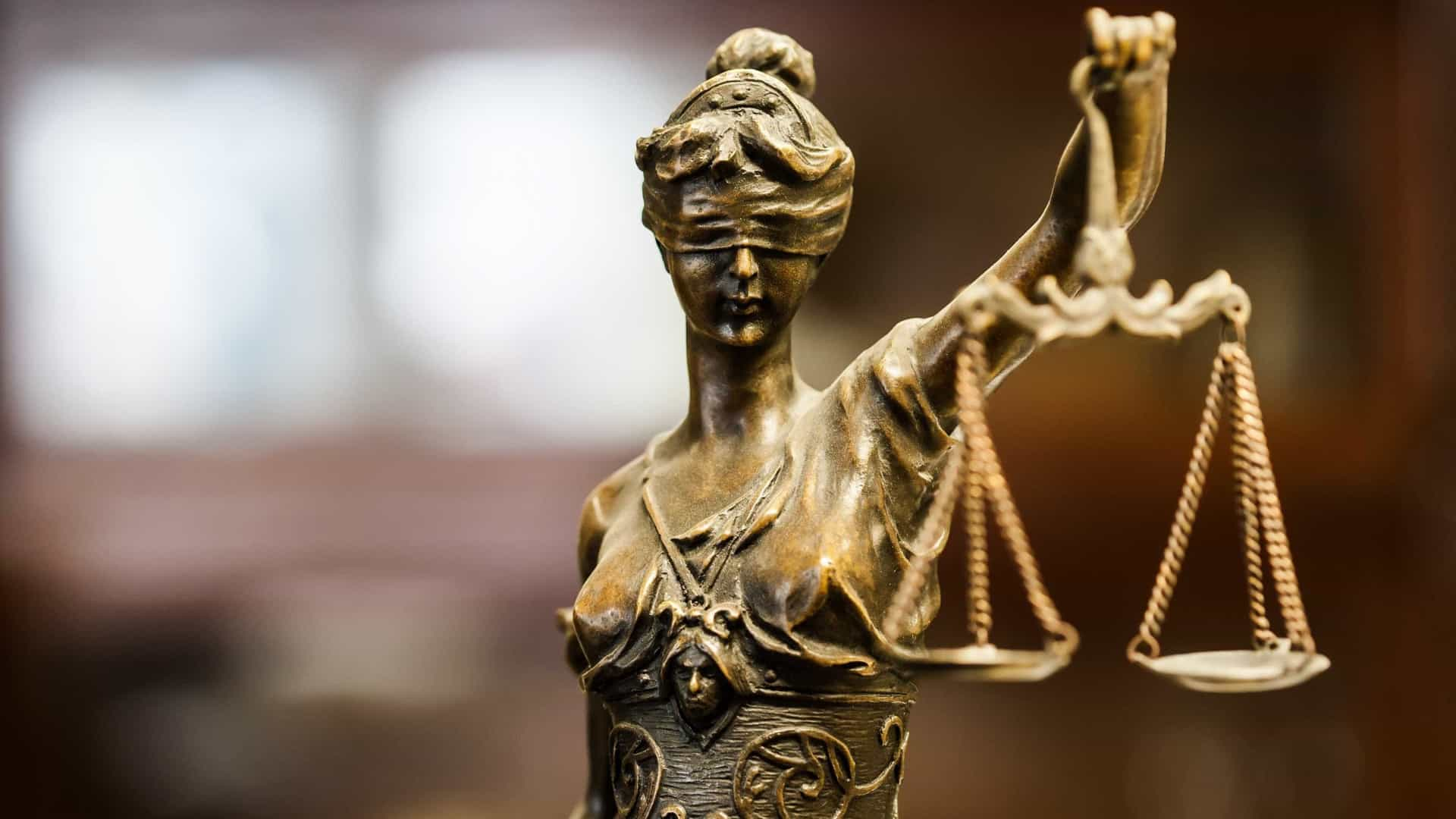 Tribunal de Vila Real adia leitura de acórdão sobre tráfico de pessoas