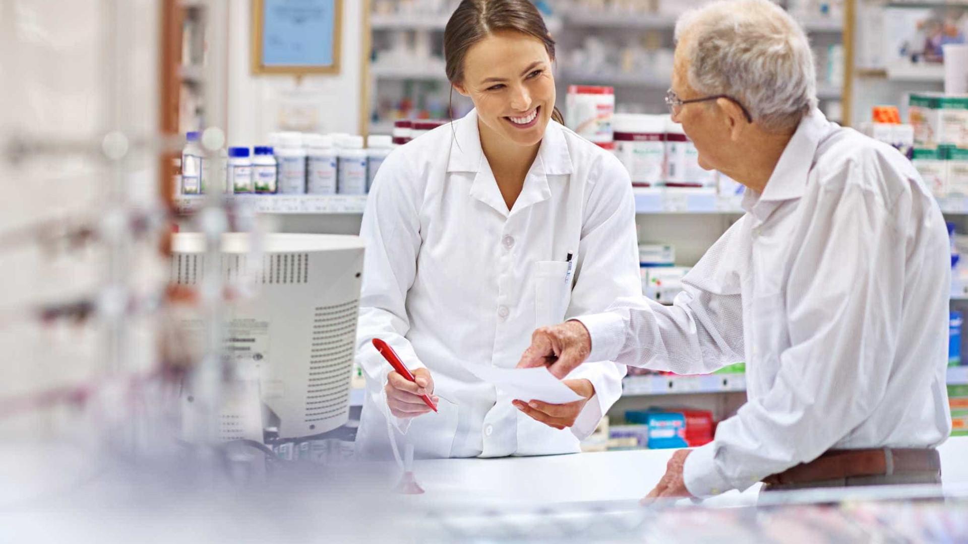 Assinado protocolo negocial sobre regulamentação de carreira farmacêutica