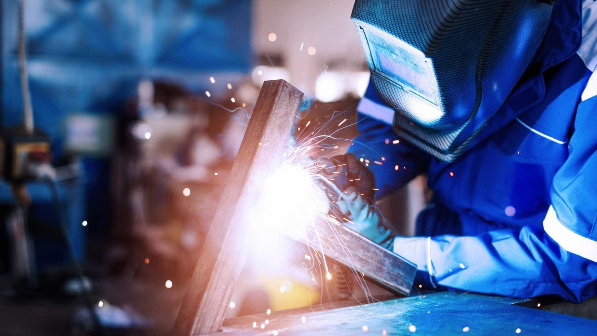 Exportações de metalurgia e metalomecânica sobem 15% até setembro