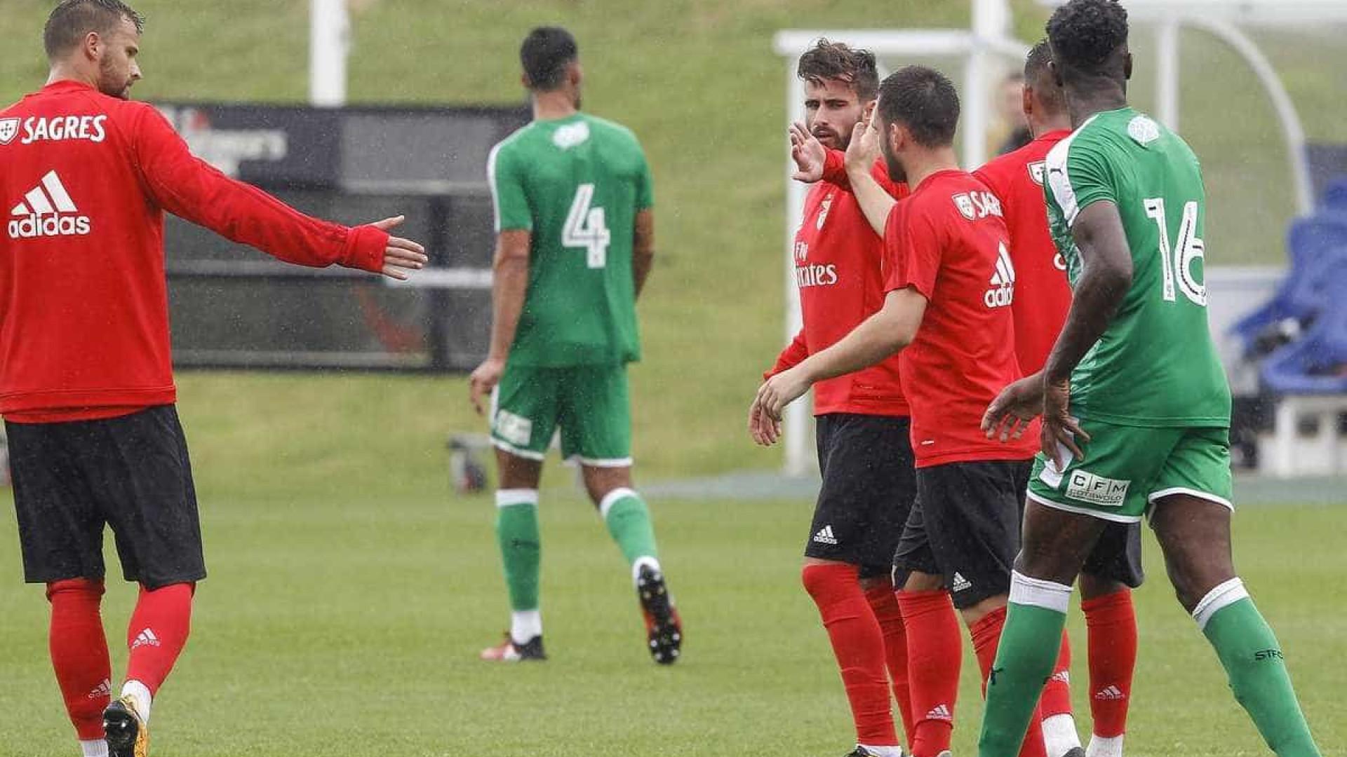 Benfica derrota equipa inglesa em jogo-treino