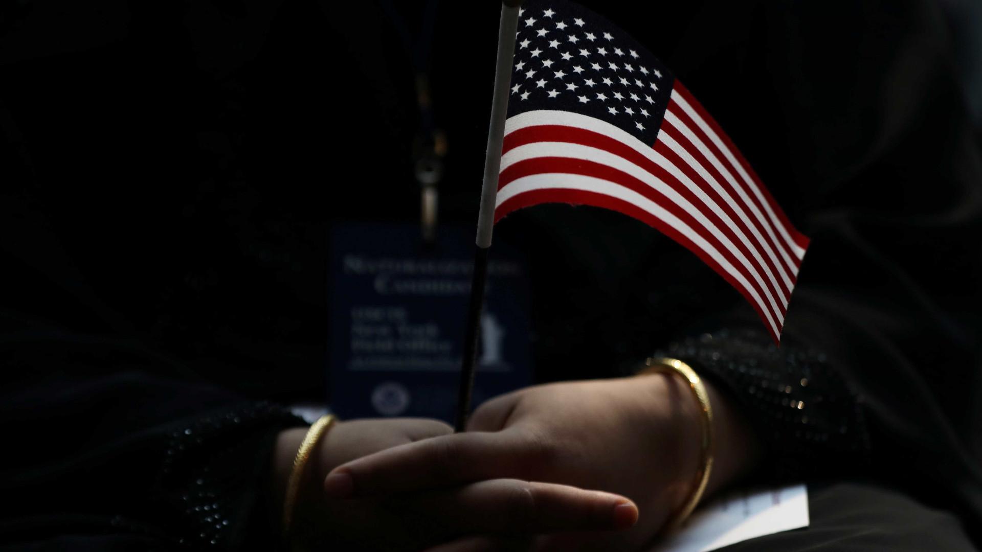 Milhares manifestaram-se no domingo nos EUA contra o ódio e violência