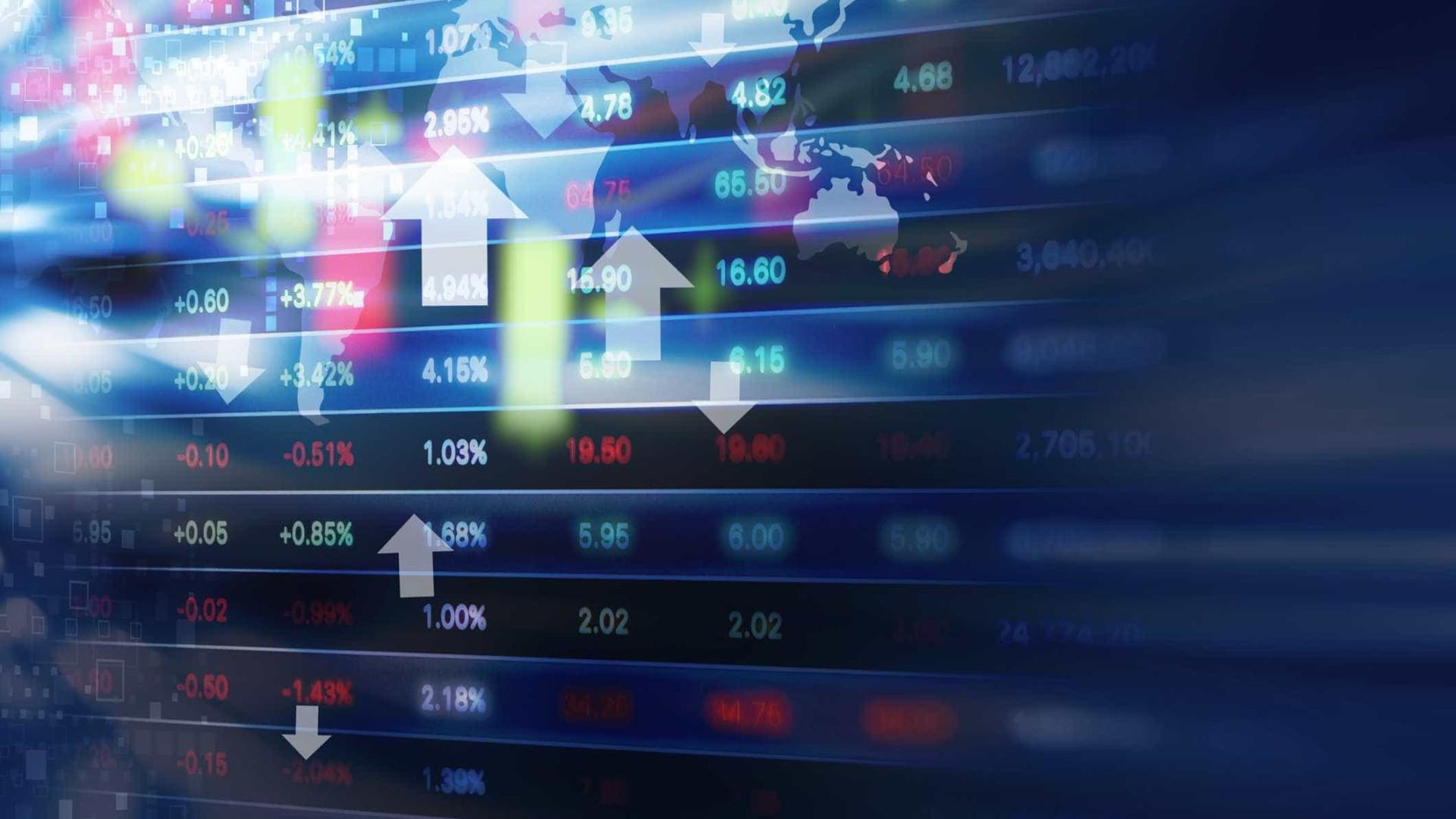 Bolsa de Tóquio fecha a ganhar 0,40%
