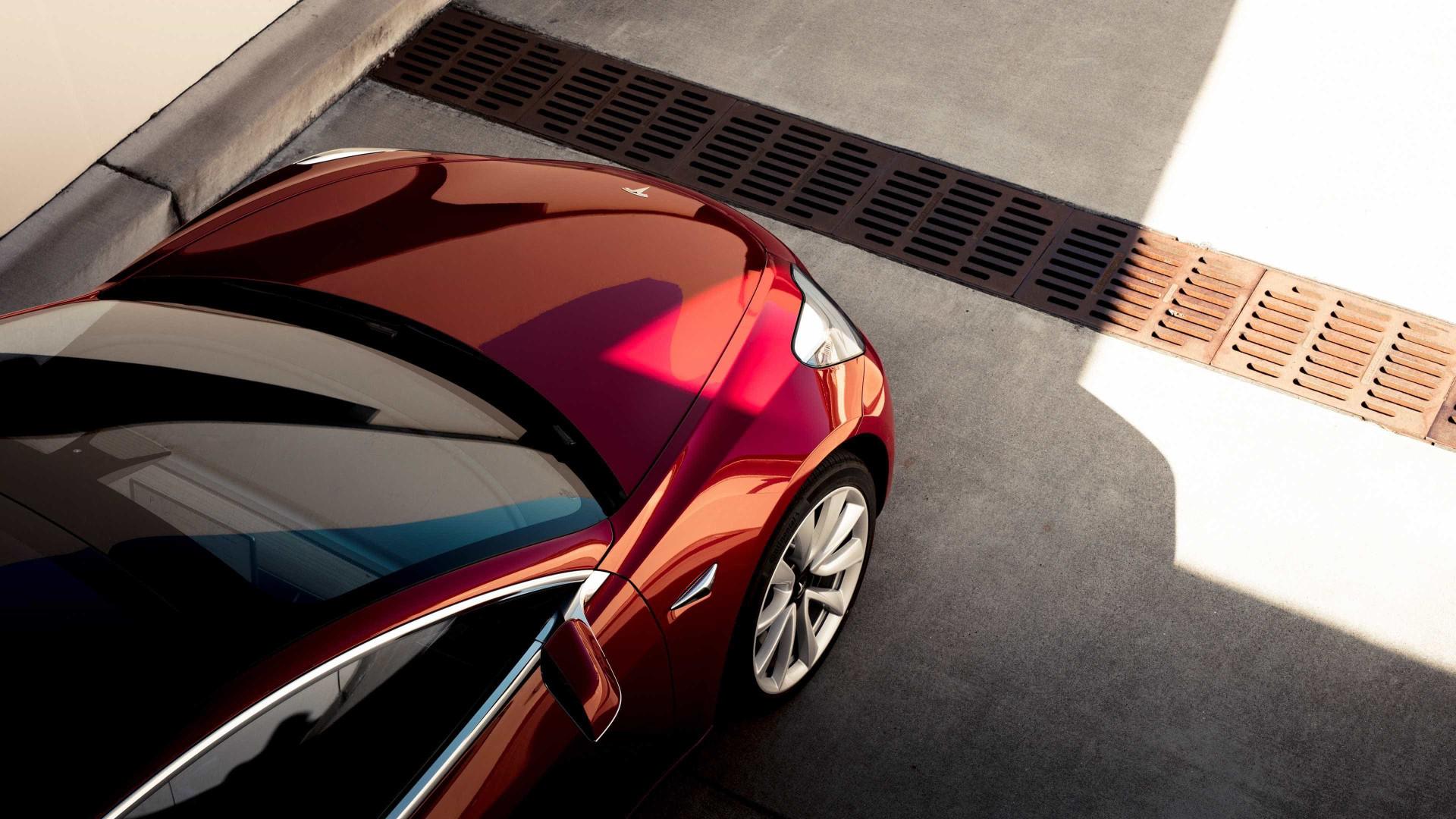 Tesla planeia lançar um novo (e mais potente) Model 3