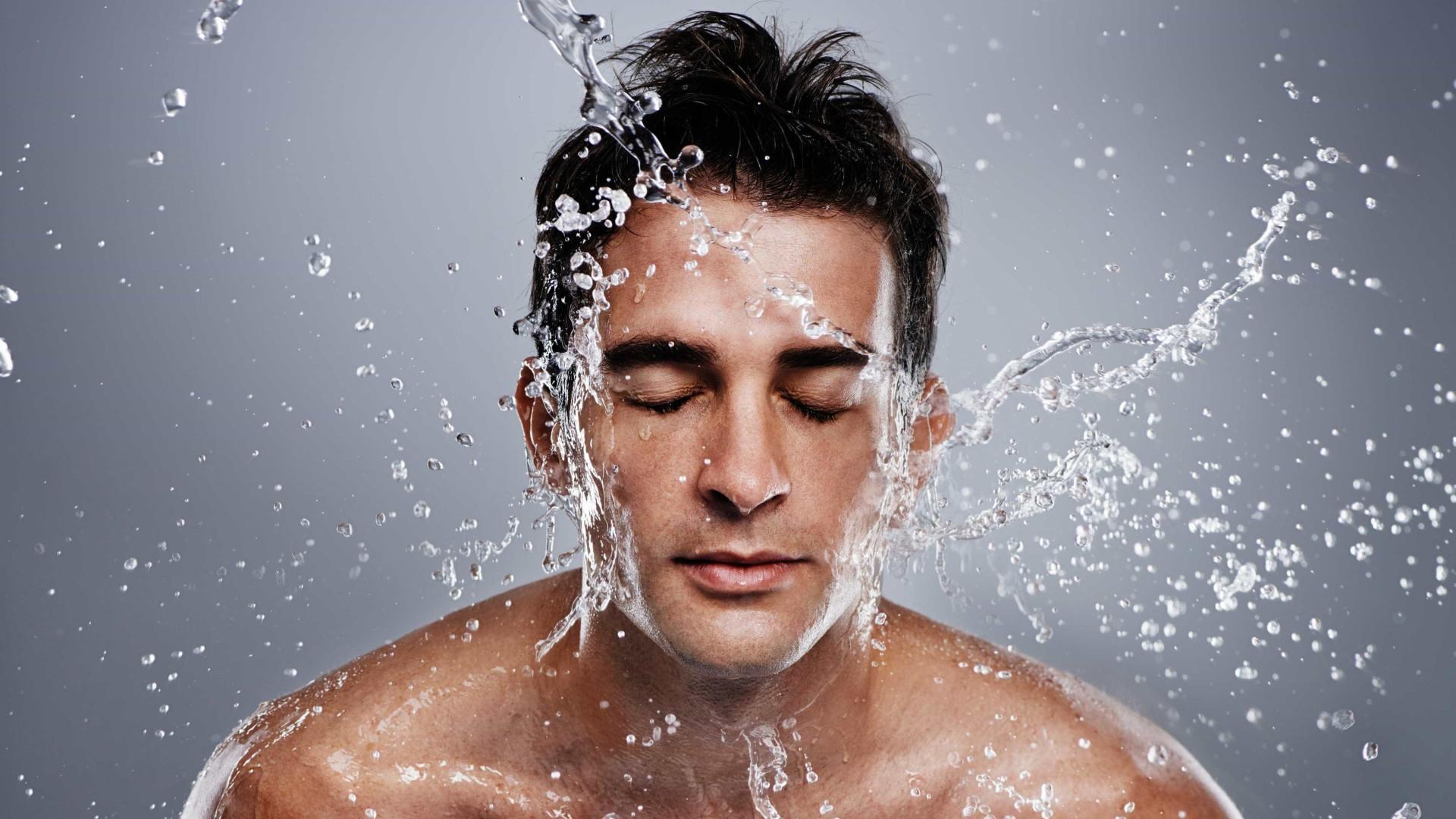 Guia de seis passos para cuidar da pele durante o verão