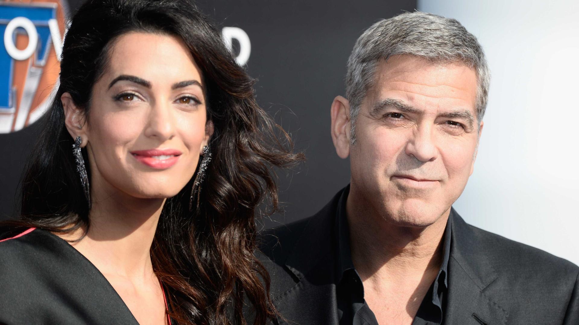 George e Amal Clooney ajudam três mil crianças sírias