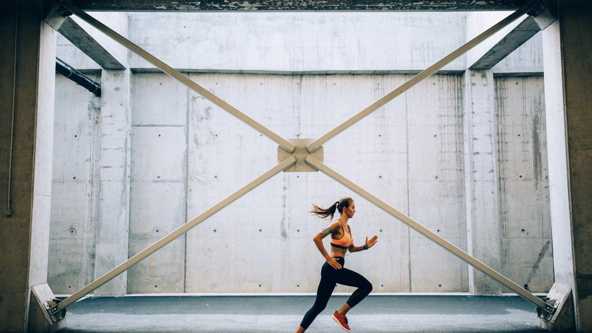 Mulheres, um minuto de exercício por dia é o suficiente para ganhar saúde