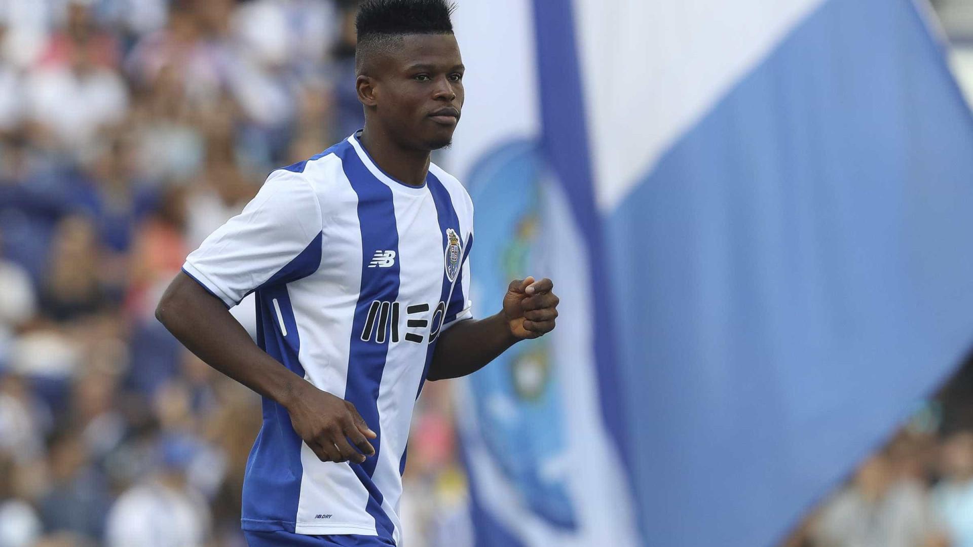 Bursaspor anuncia Mikel Agu por empréstimo do FC Porto