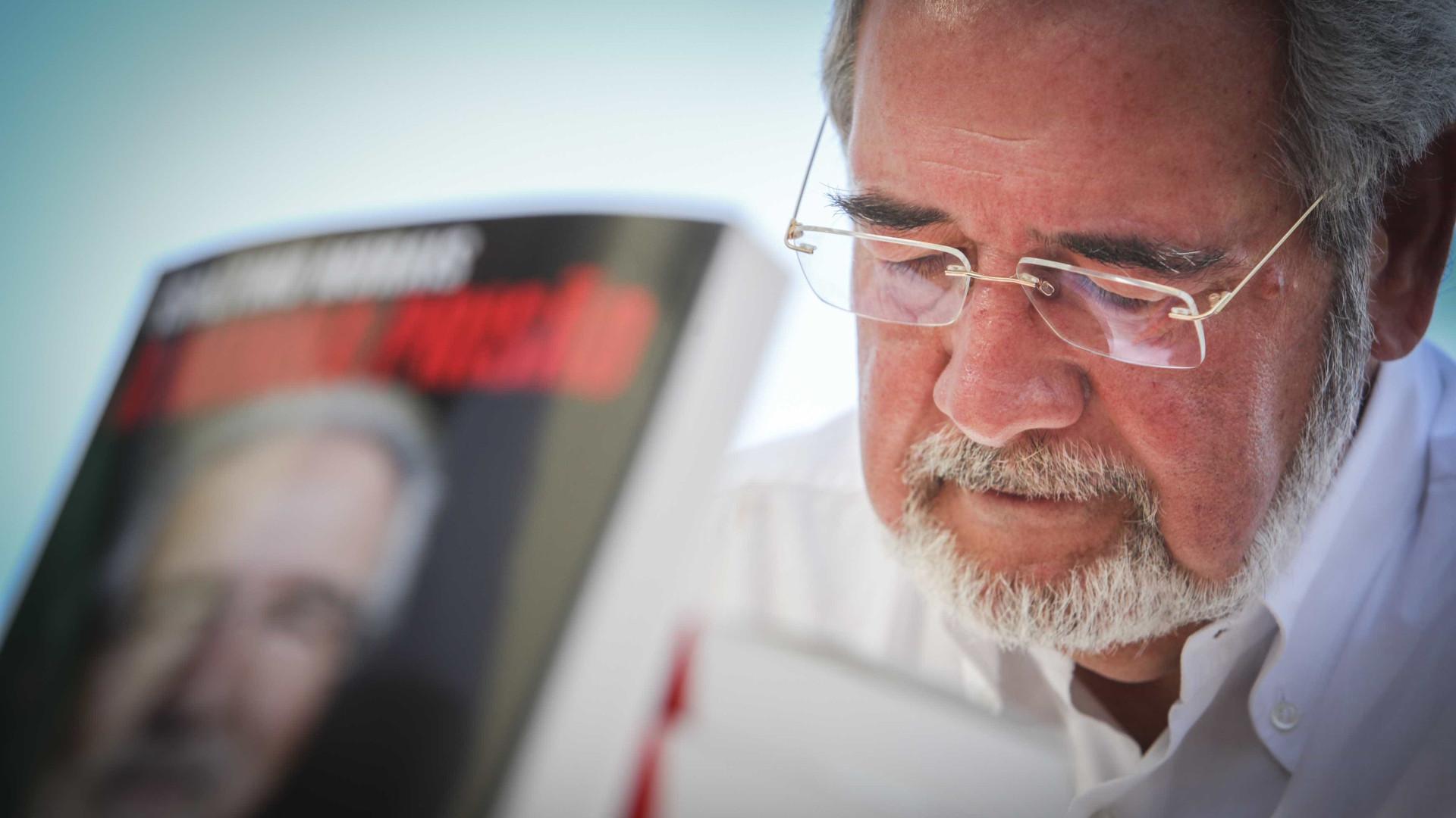 "El País fala de Isaltino, ""o autarca corrupto que os portugueses adoram"""