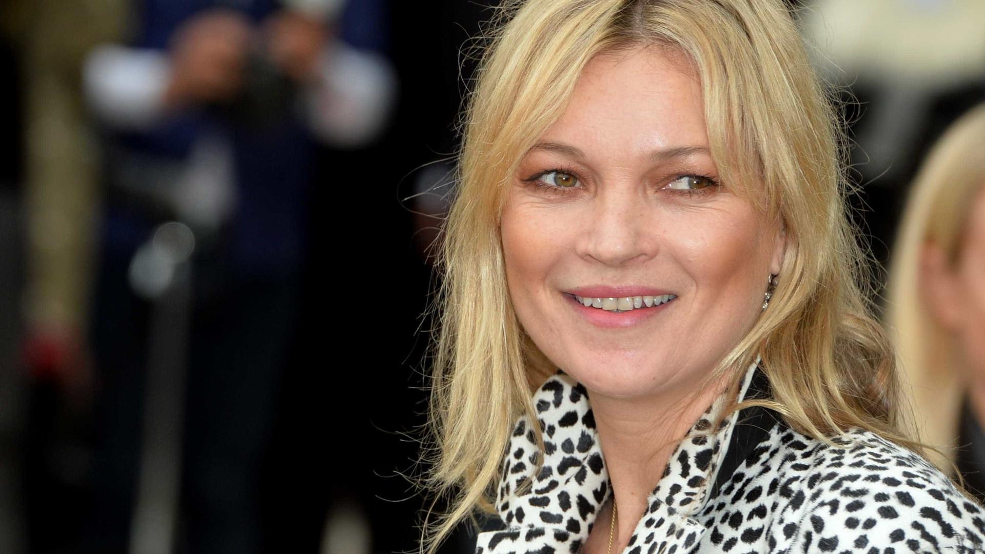 Filha de Kate Moss segue pisadas da mãe e torna-se modelo