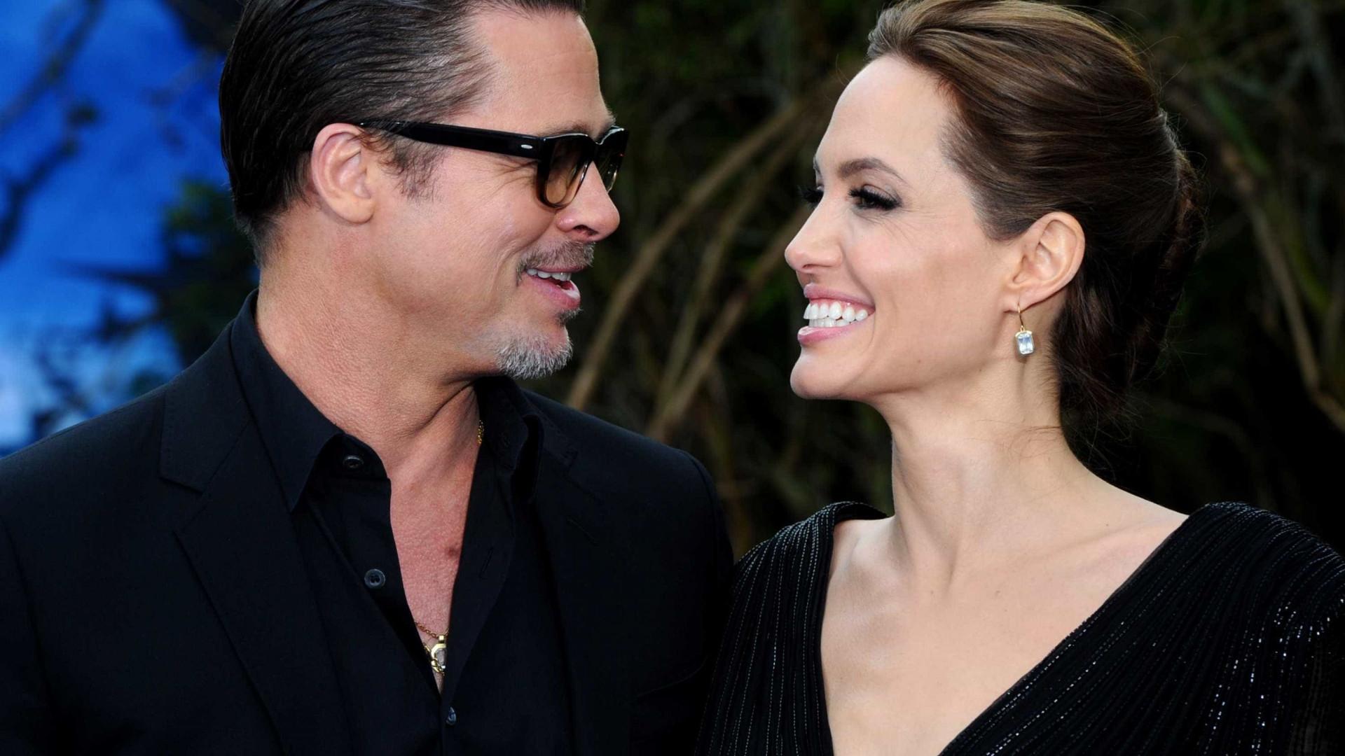 Processo de divórcio de Angelina Jolie e Brad Pitt está parado