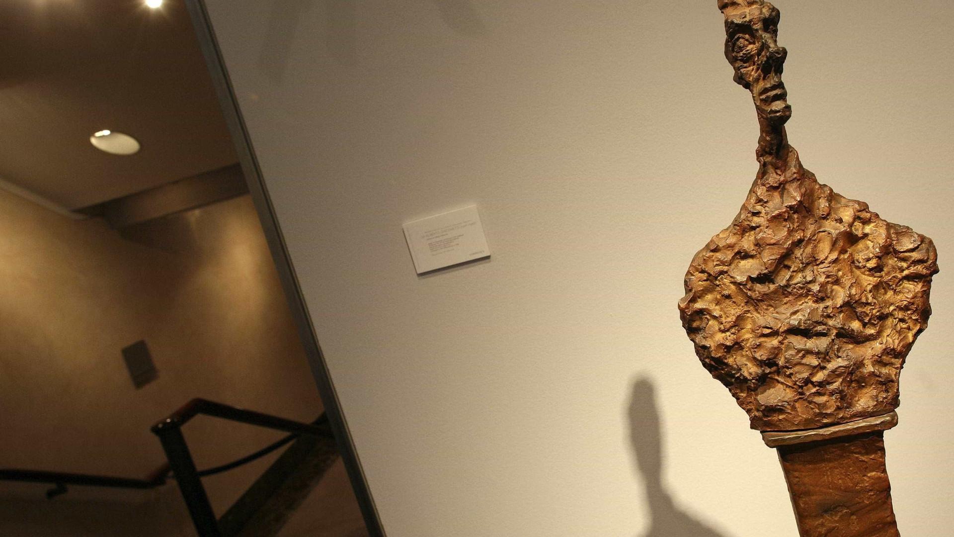 Esboços do artista Alberto Giacometti descobertos em antiquário londrino