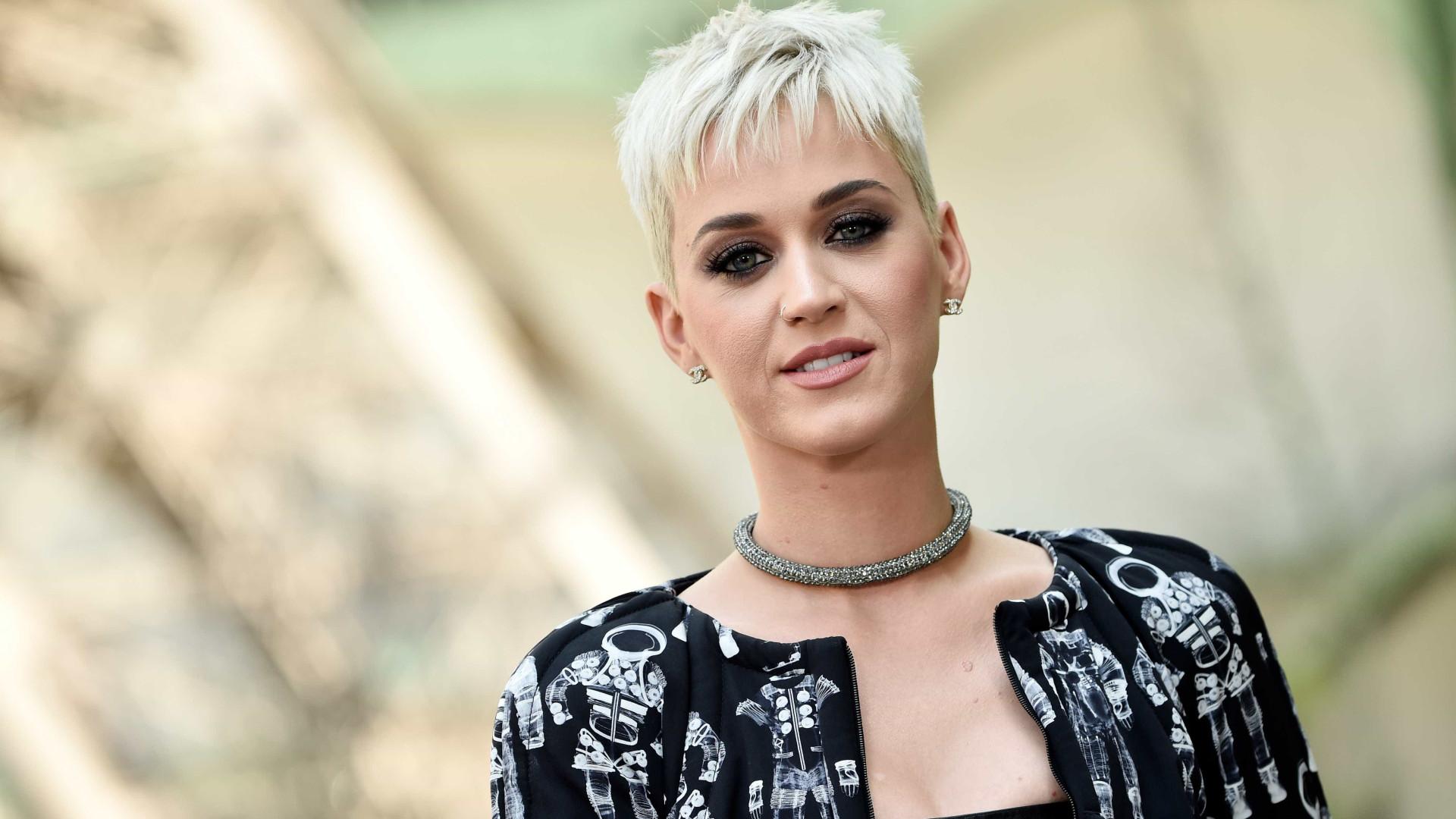 """Katy Perry é fã de Ariana Grande: """"Das melhores cantoras da atualidade"""""""