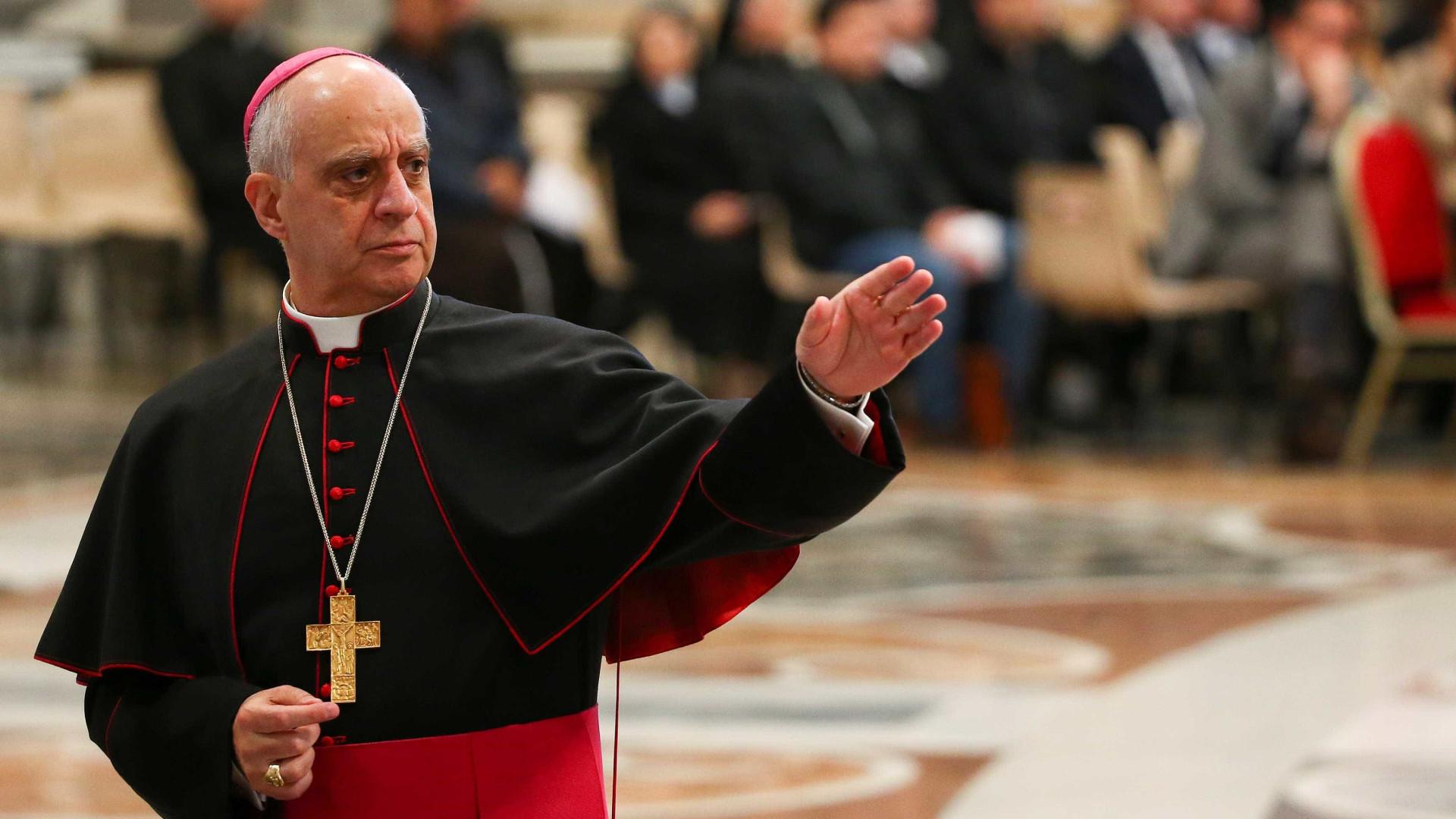 Migrações: Arcebispo Fisichella diz que não se pode olhar para o lado
