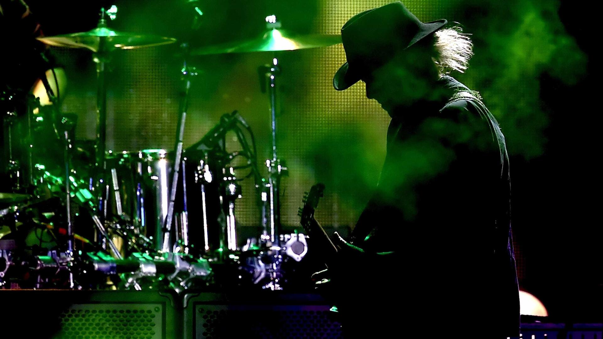 Neil Young prepara arquivo online
