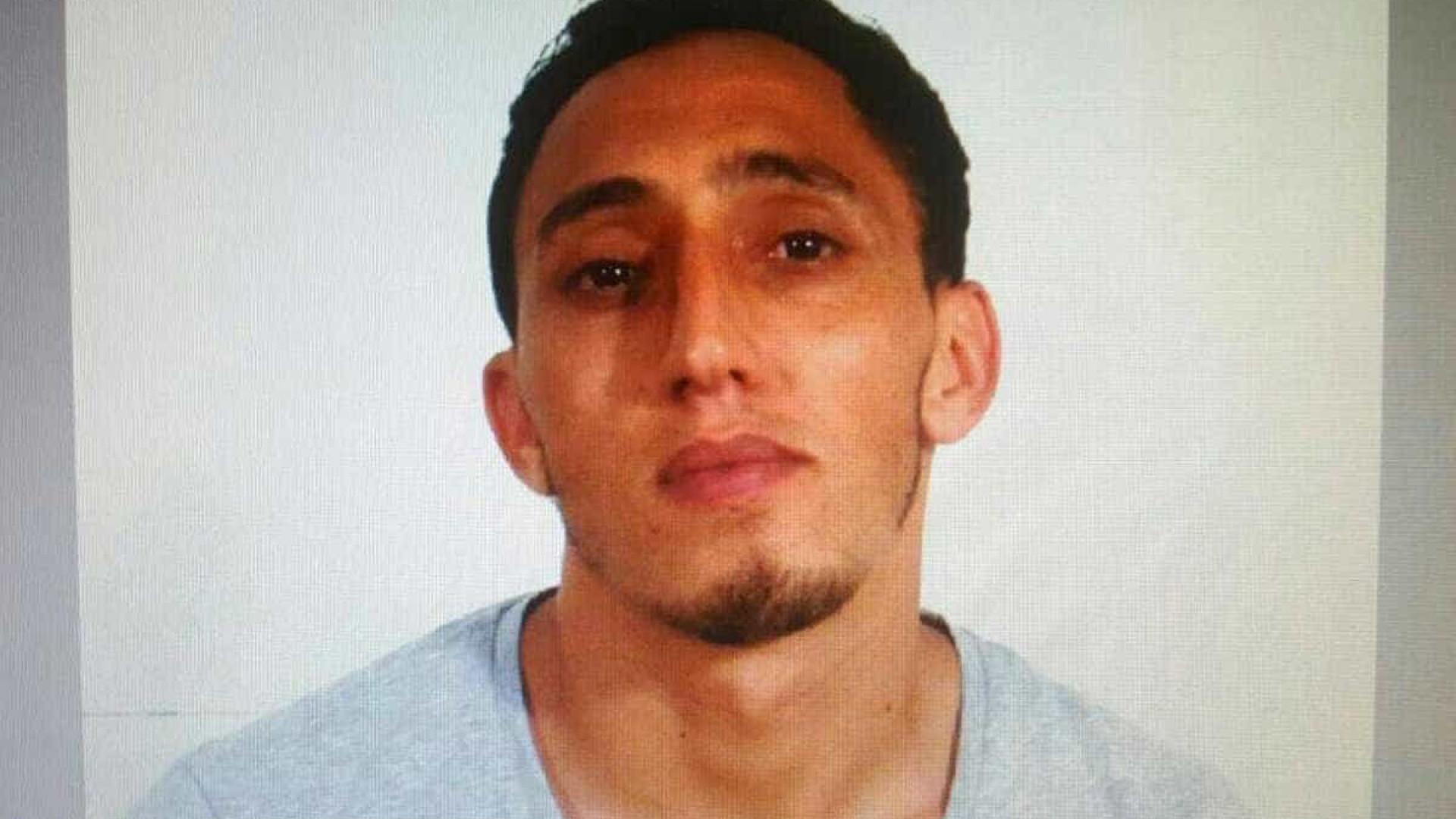 Barcelona: Dois suspeitos detidos, um outro morto pela polícia