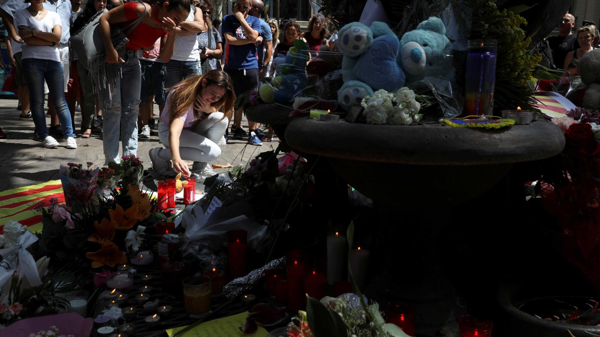 UE e EUA lamentam ataque em Barcelona e oferecem ajuda à Espanha