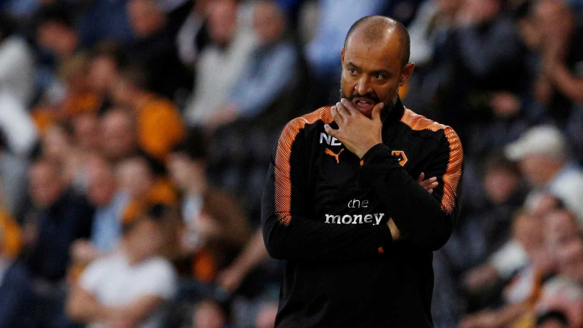 Wolverhampton vence Reading e mantém liderança da 'Championship'