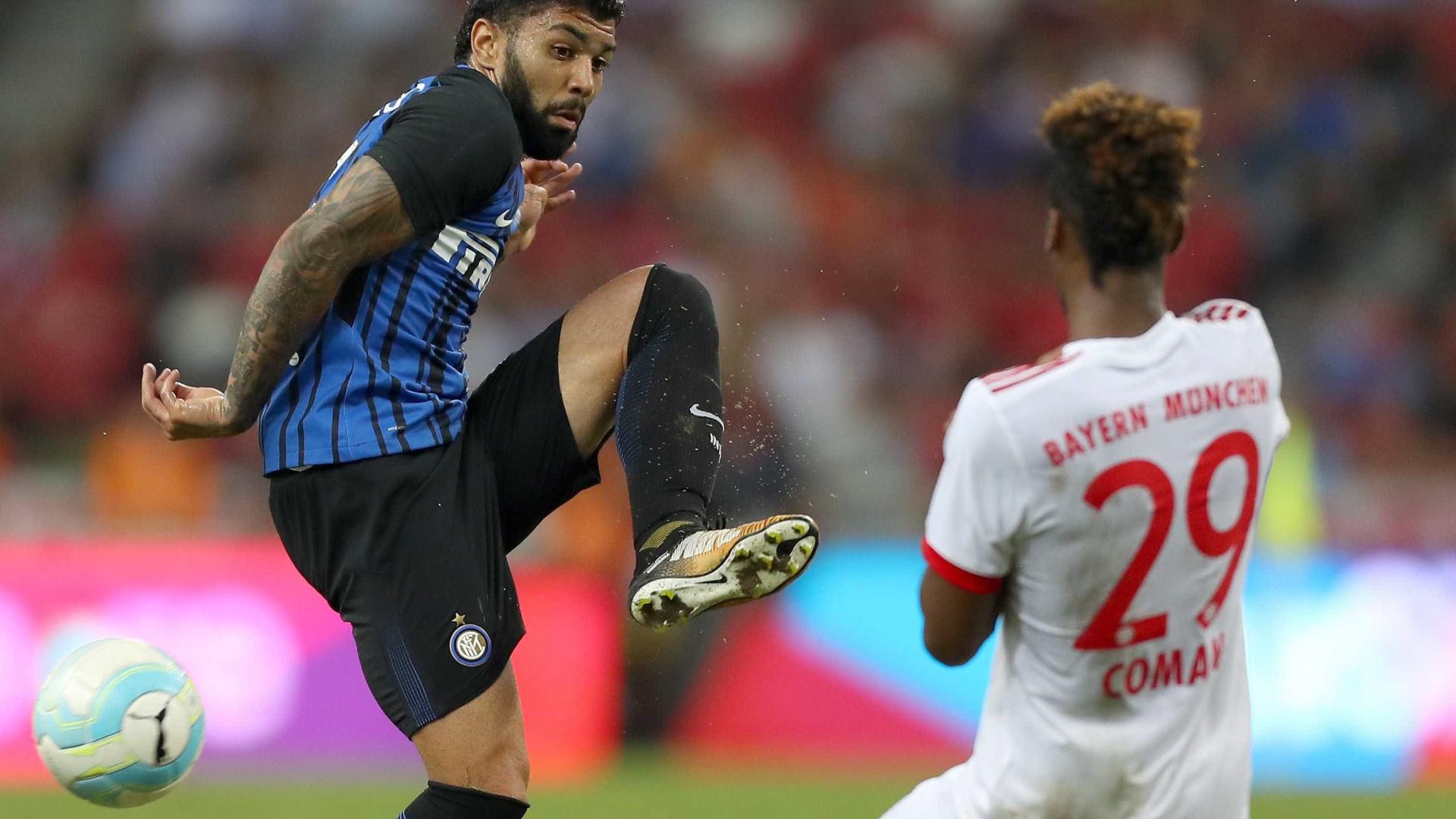 Gabigol chega para fechar ataque do Sporting