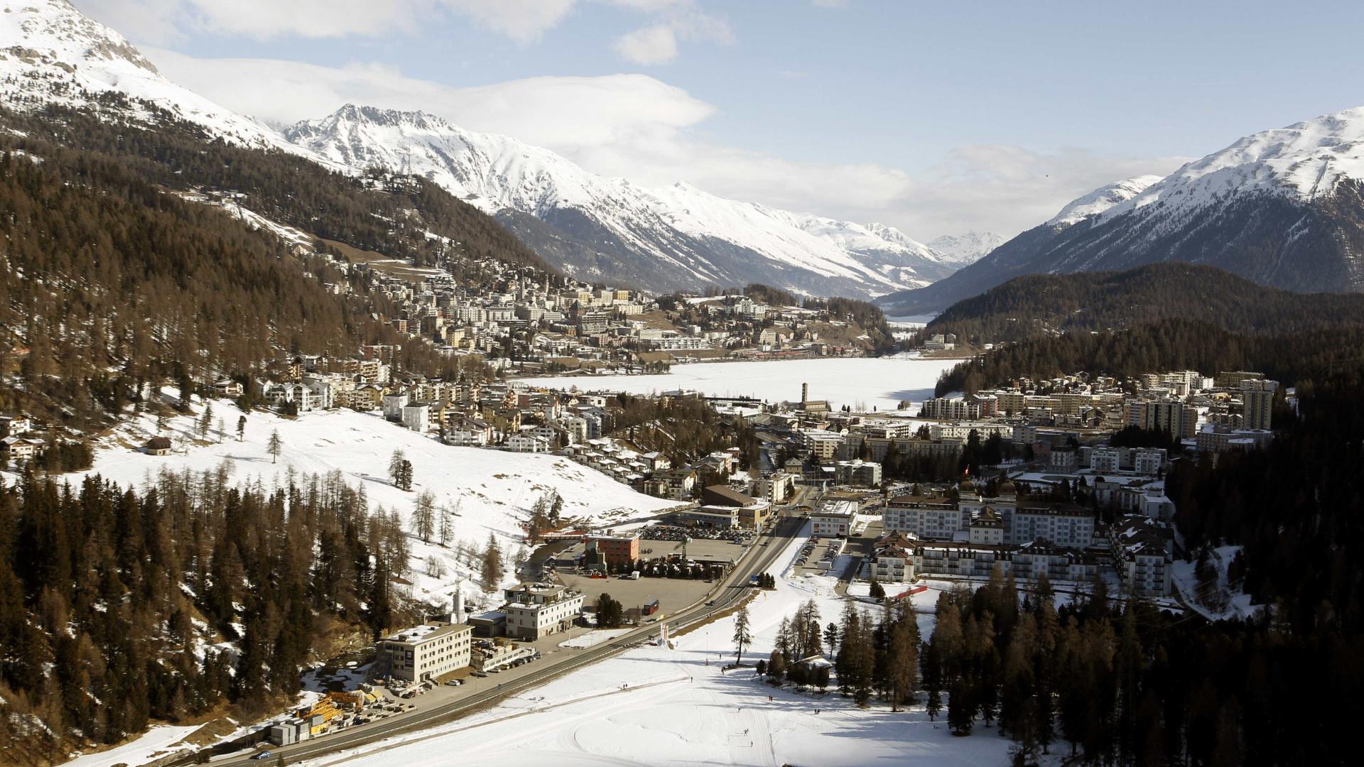 Deslizamento de terra deixa desaparecidos na Suíça