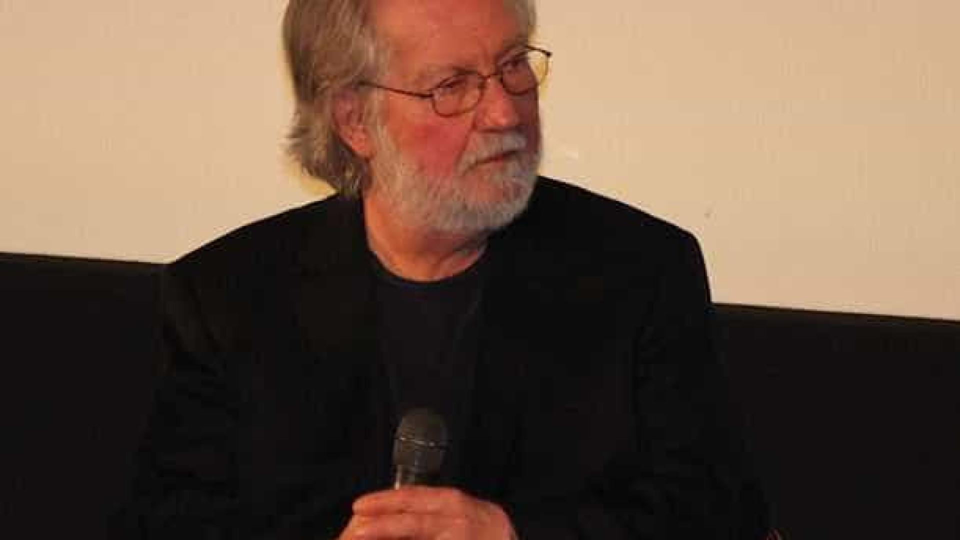 Morre Tobe Hooper, diretor de Poltergeist e O Massacre da Serra Elétrica