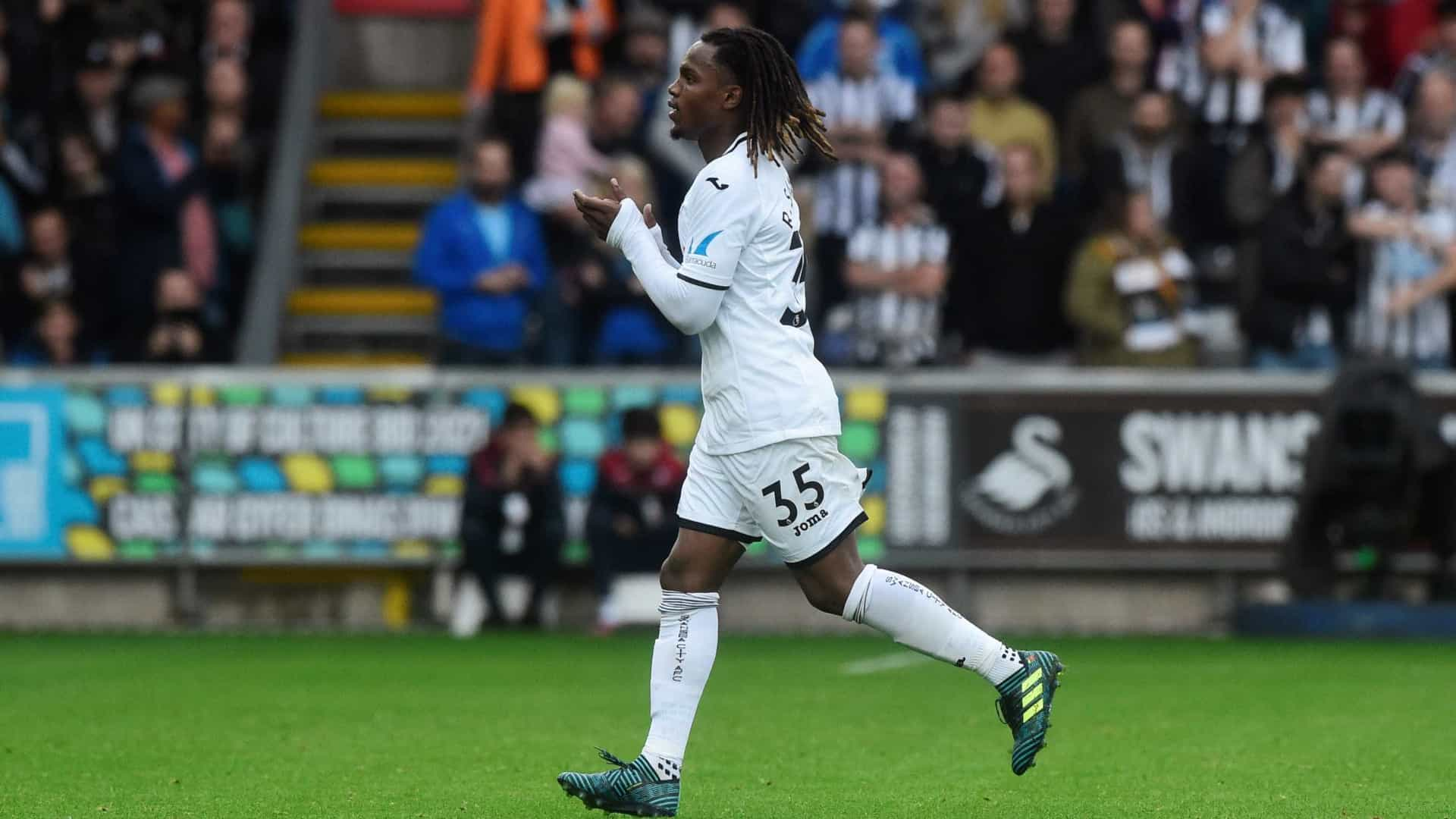 Paul Clement defende Renato Sanches no Swansea