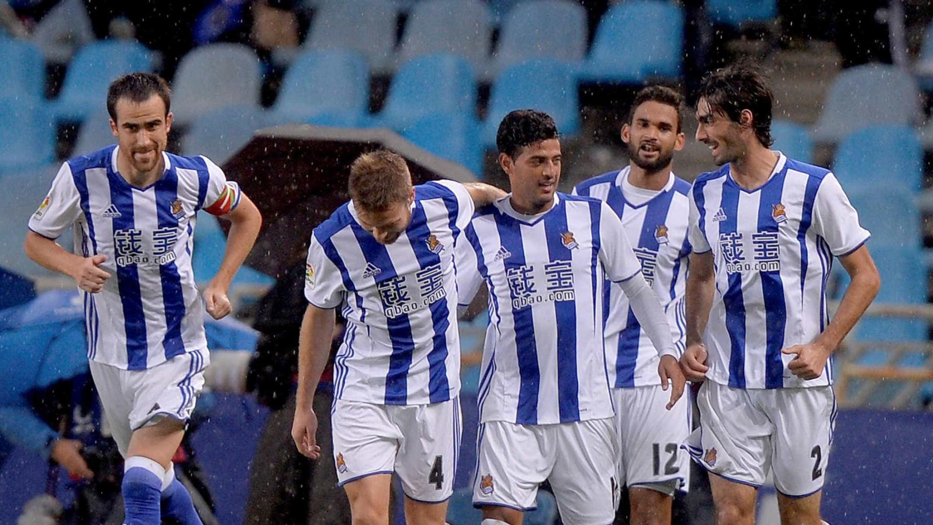 Espanhol: Real Sociedad vence La Coruña e segue na cola do Barcelona