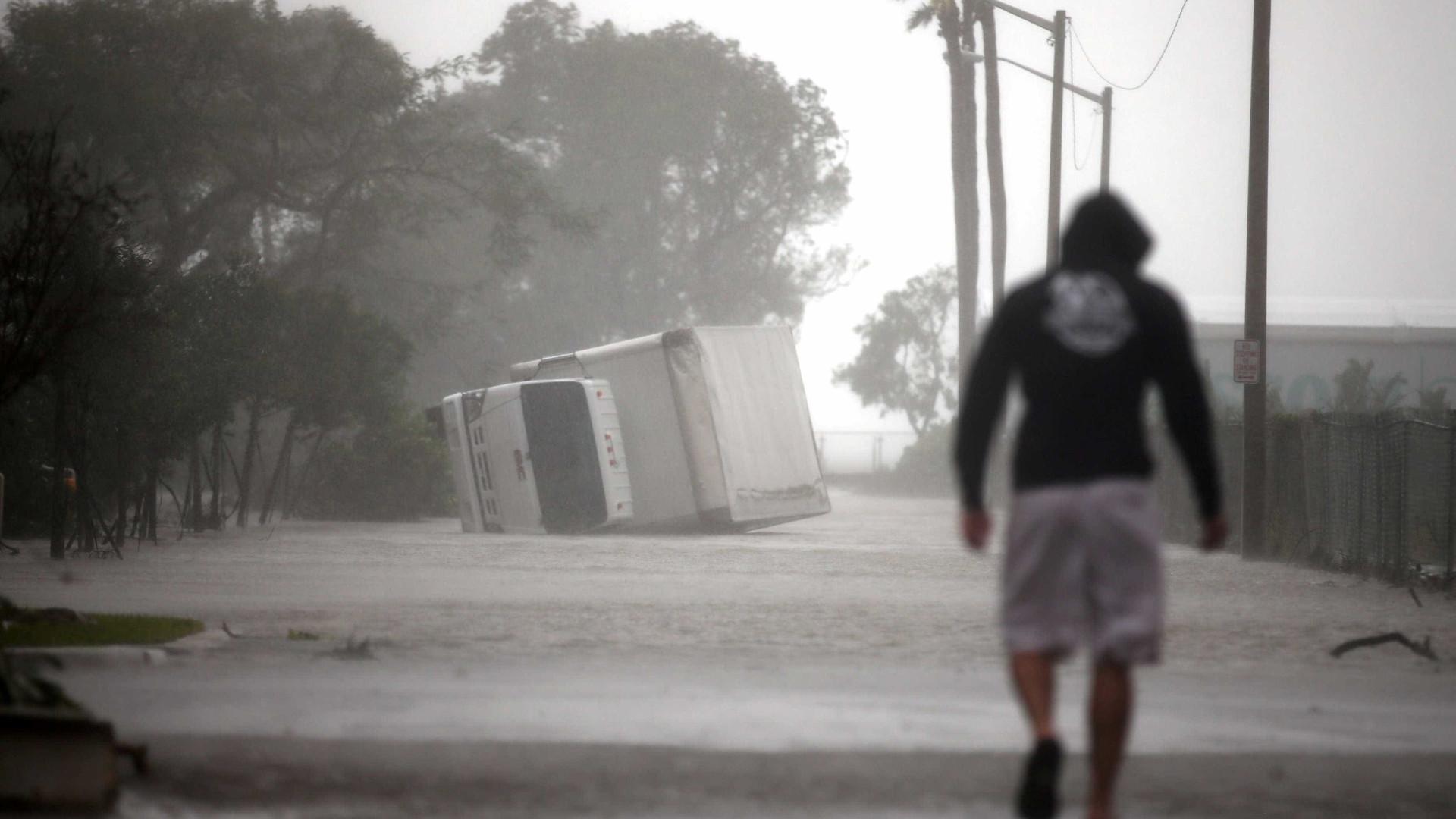 Cerca de 1,1 milhões sem eletricidade na Florida — Furacão Irma