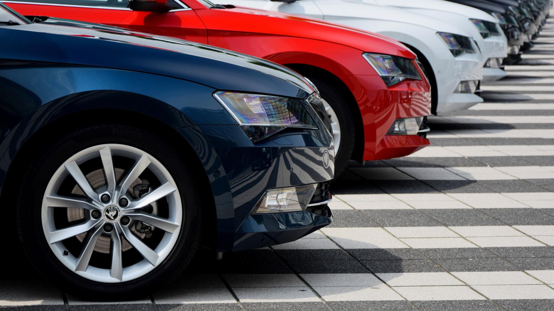 Mercado automóvel volta a cair em outubro com descida de 9,1% de registos