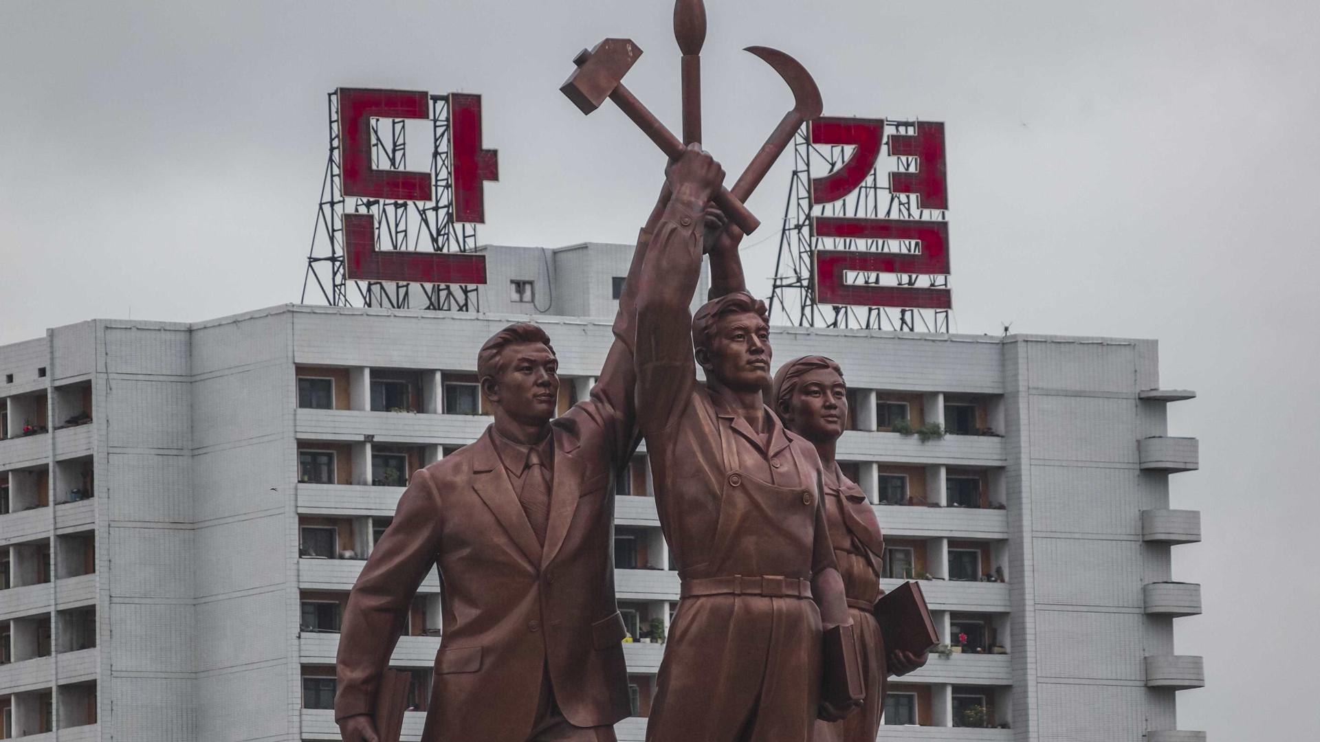 """Coreia do Norte ameaça """"afundar o Japão"""" e reduzir os EUA a """"cinzas"""""""