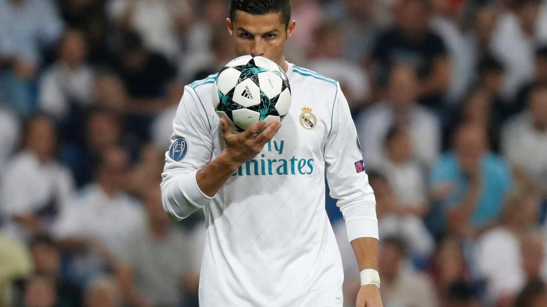 A espera acabou: Ronaldo está de volta à La Liga e vê Messi a nove golos