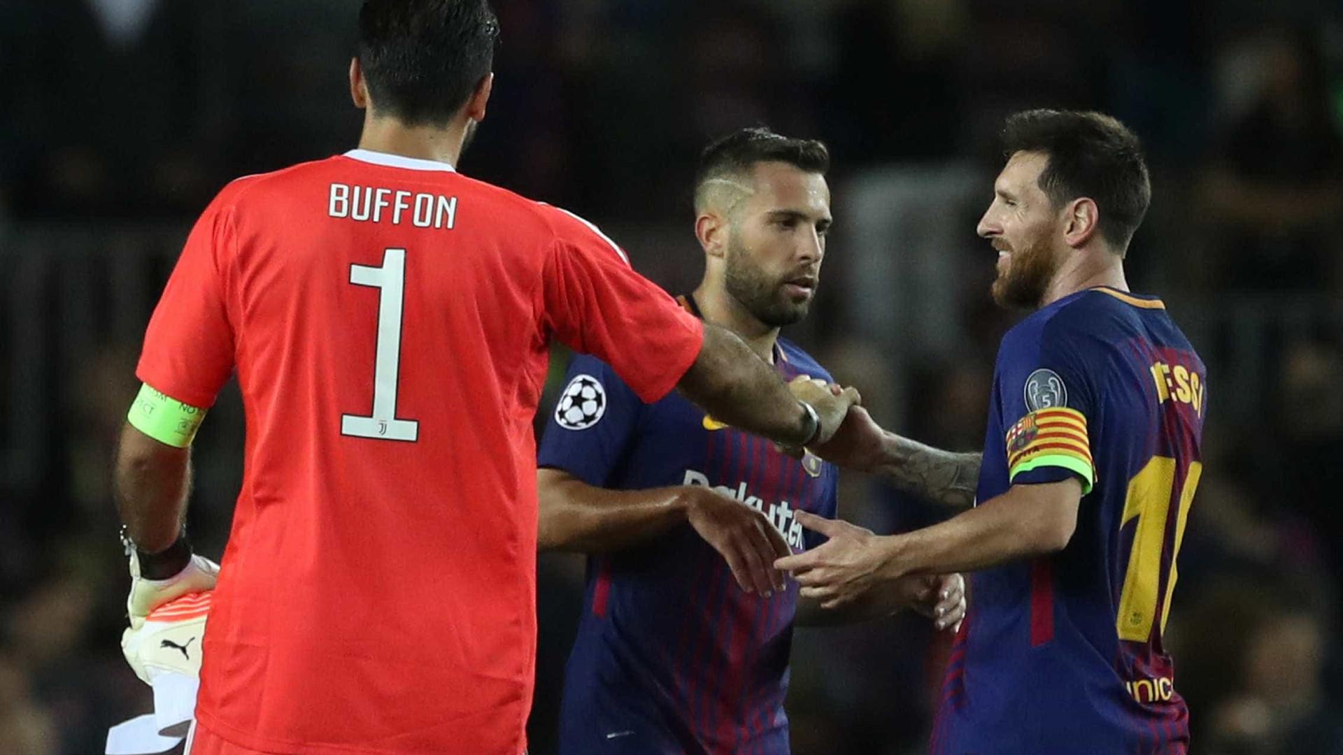 """""""Em Itália, as pessoas não percebem bem o nível de CR7 e Messi"""""""