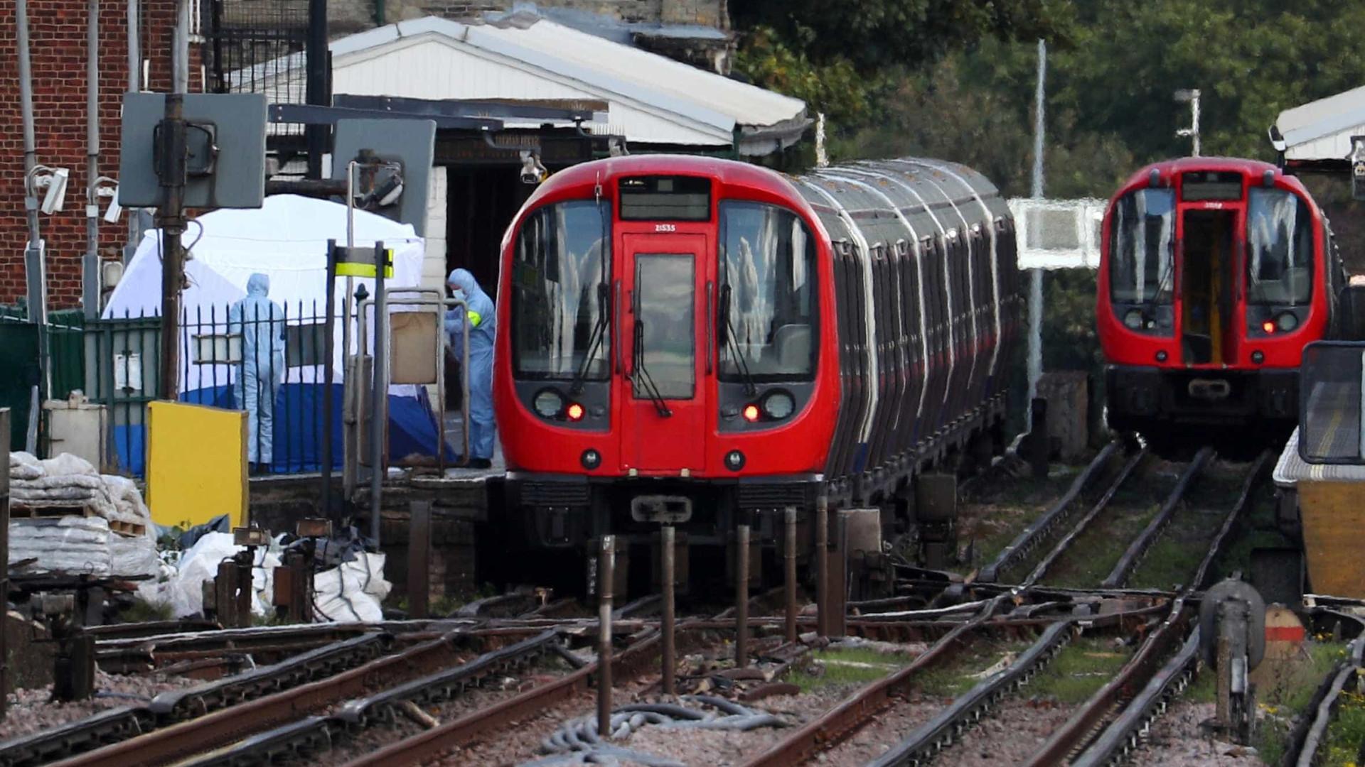 Londres: Estação de metro de Fulham Broadway evacuada
