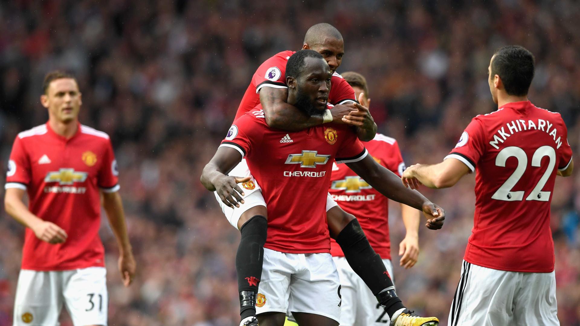 United de Mourinho goleia Everton no regresso de Rooney a Old Trafford