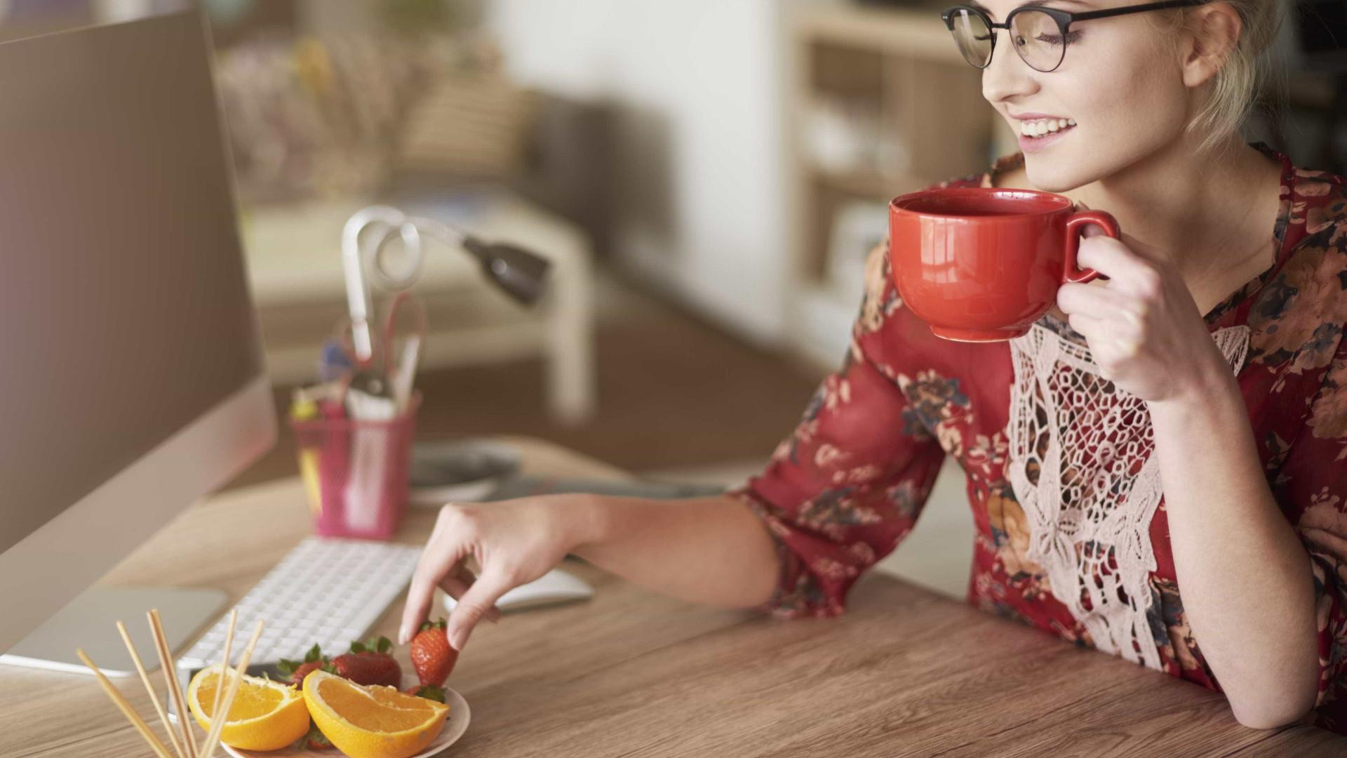 Sete formas práticas de ser mais saudável no trabalho