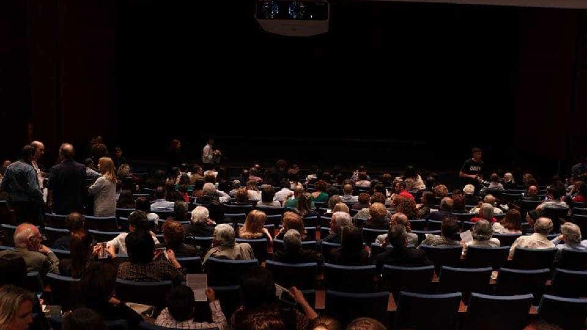 Teatro Académico de Gil Vicente aposta no teatro e cinema