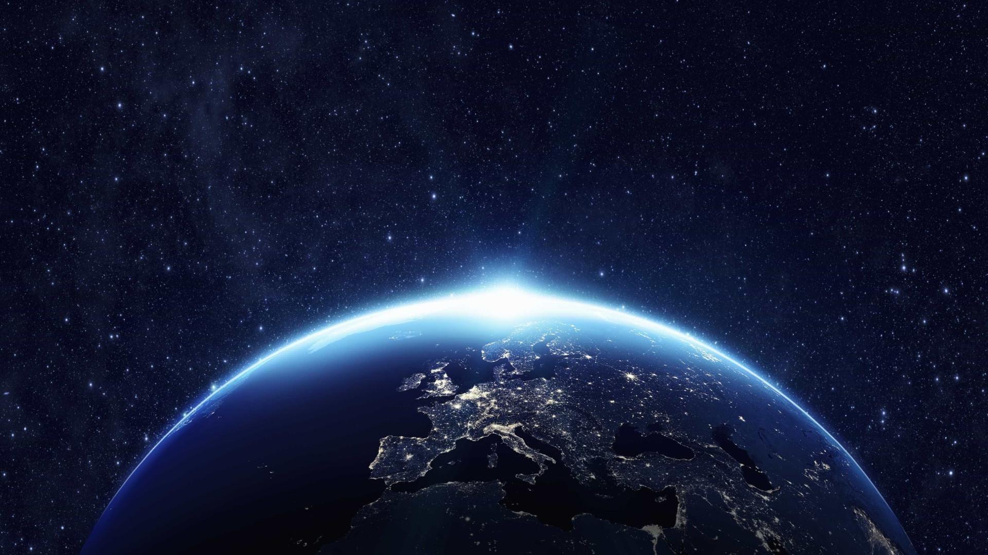 Dois meteoritos que caíram na Terra em 1998 contêm 'ingredientes da vida'
