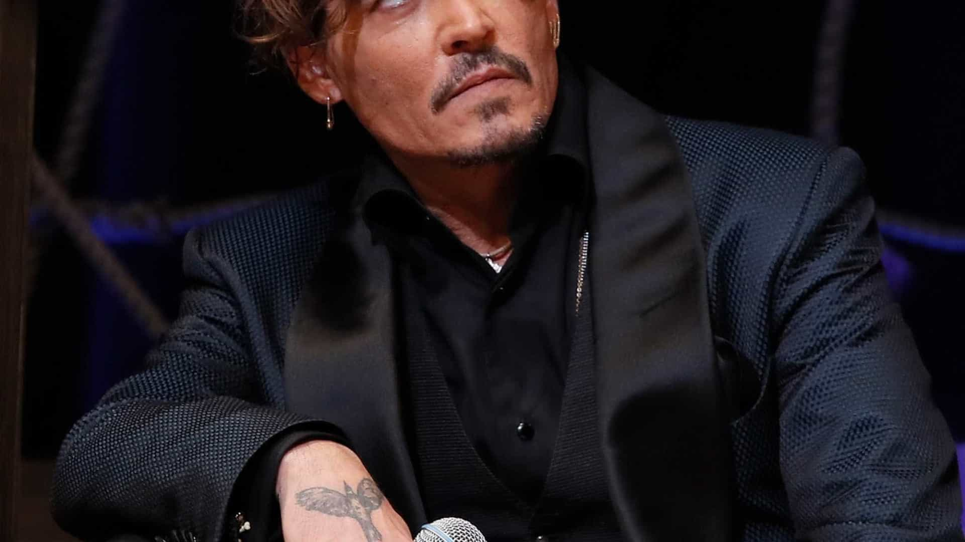 Johnny Depp deixa irmã 'na rua' com venda de casa, adianta site